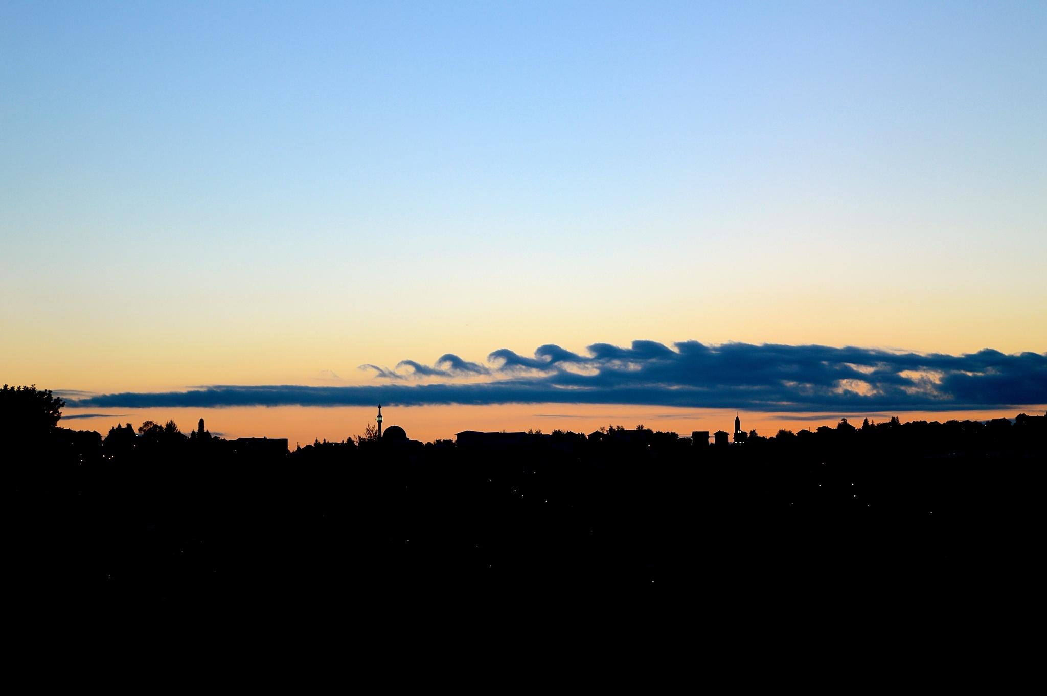 Waves in the sky by Dženana Glavinić