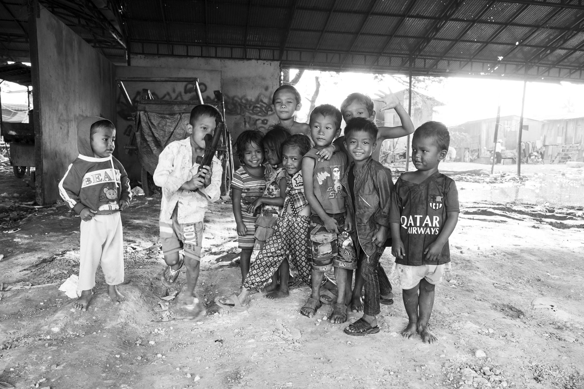 street children, Cambodia by Johan Bünger