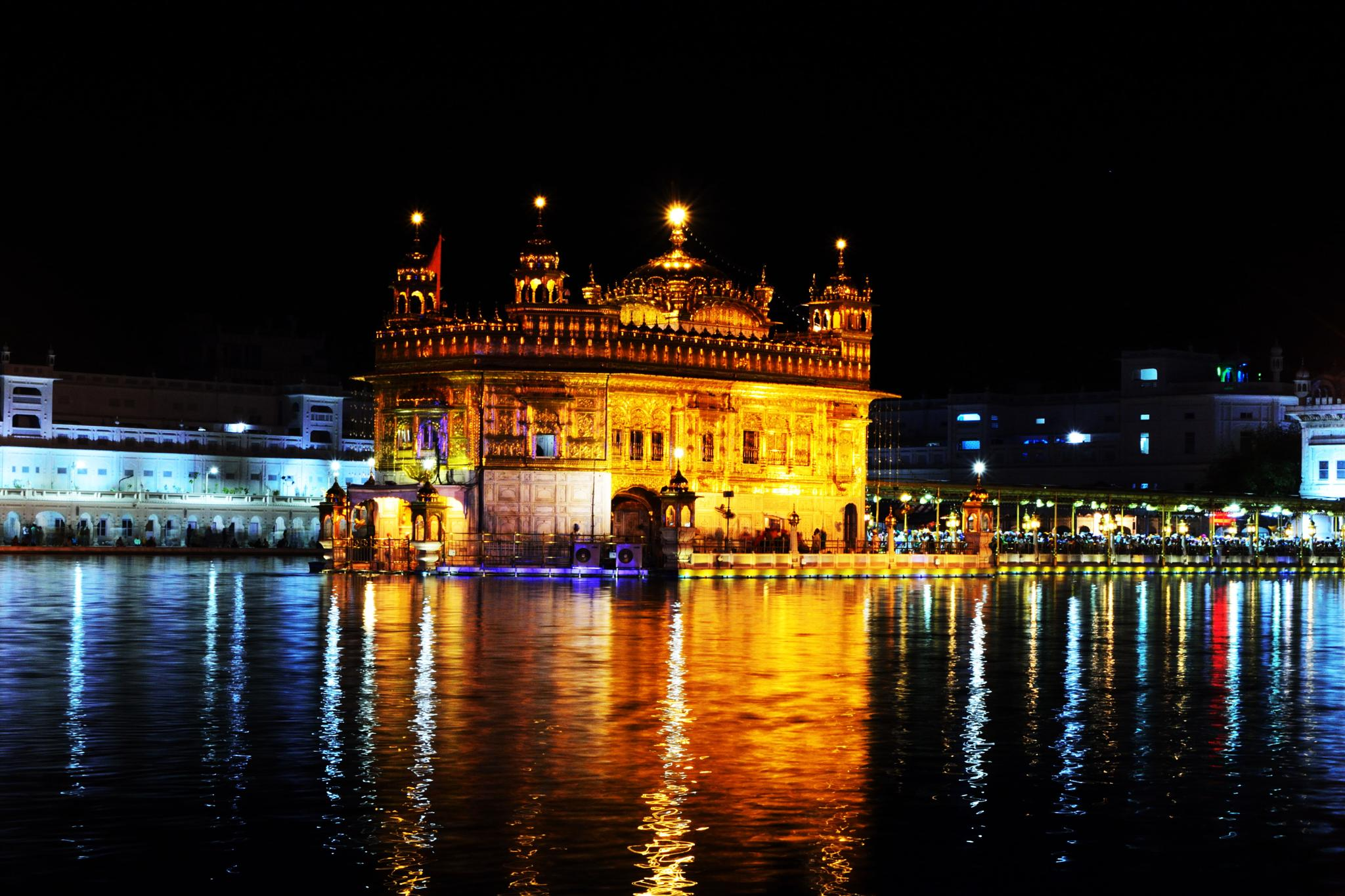 Golden Temple by Soummo