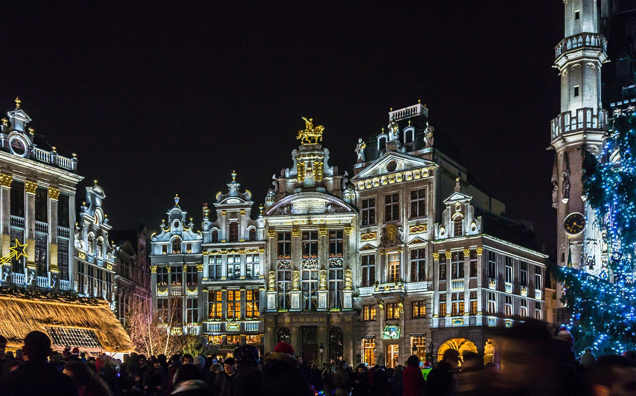 Brussels, Grand Place by NenadO