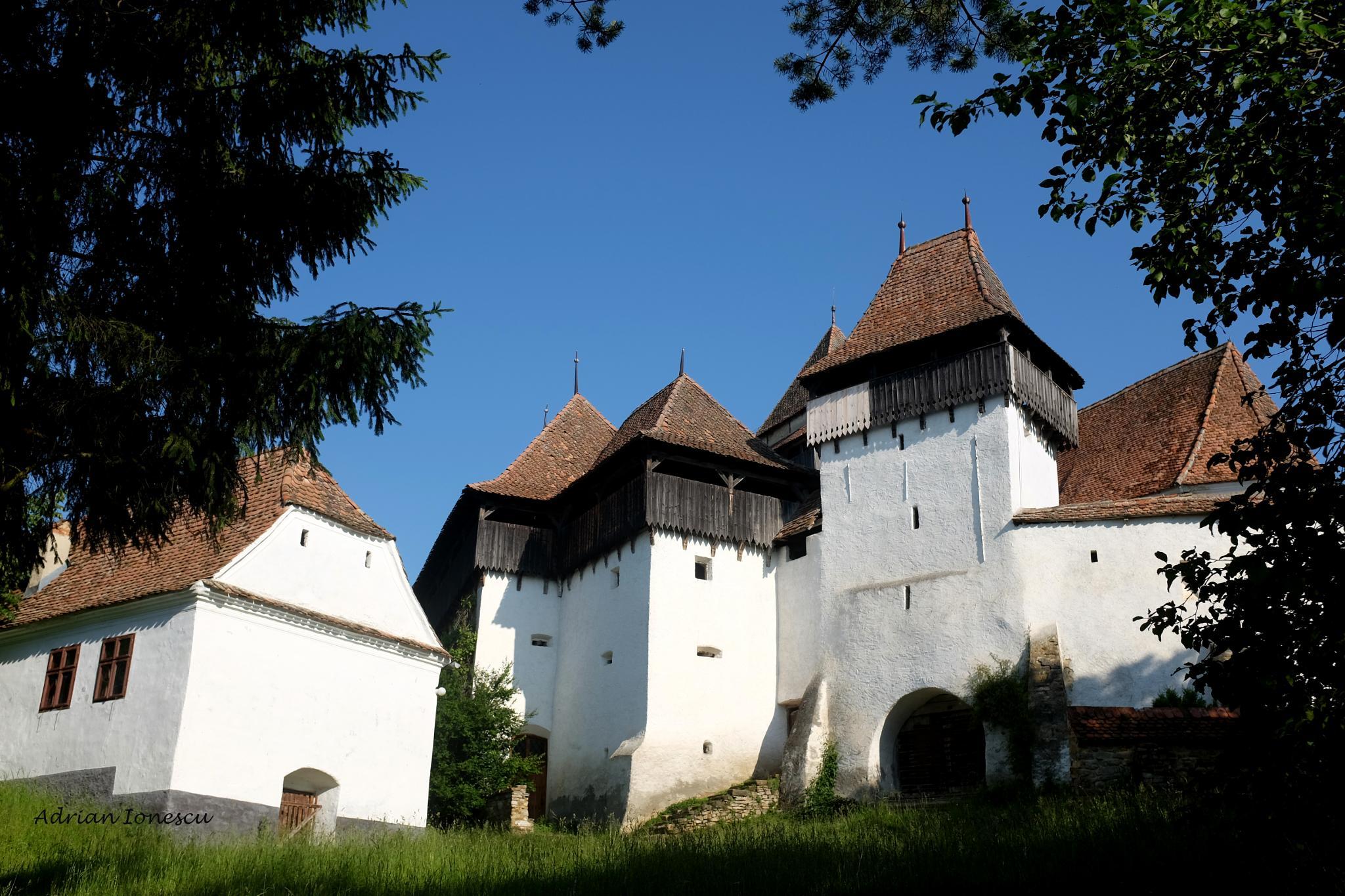 Fortified Viscri Church by AdrianIonescu