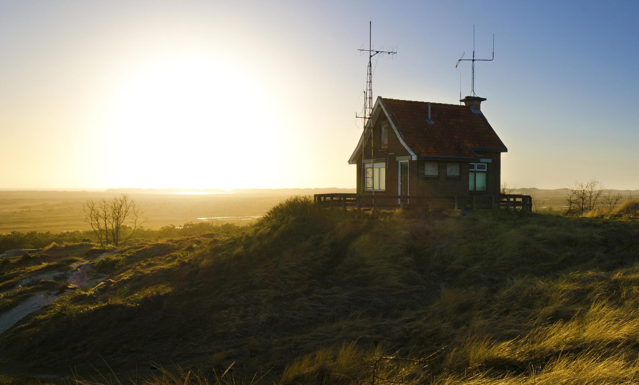 Radiohouse by Cynthia Hasenbos