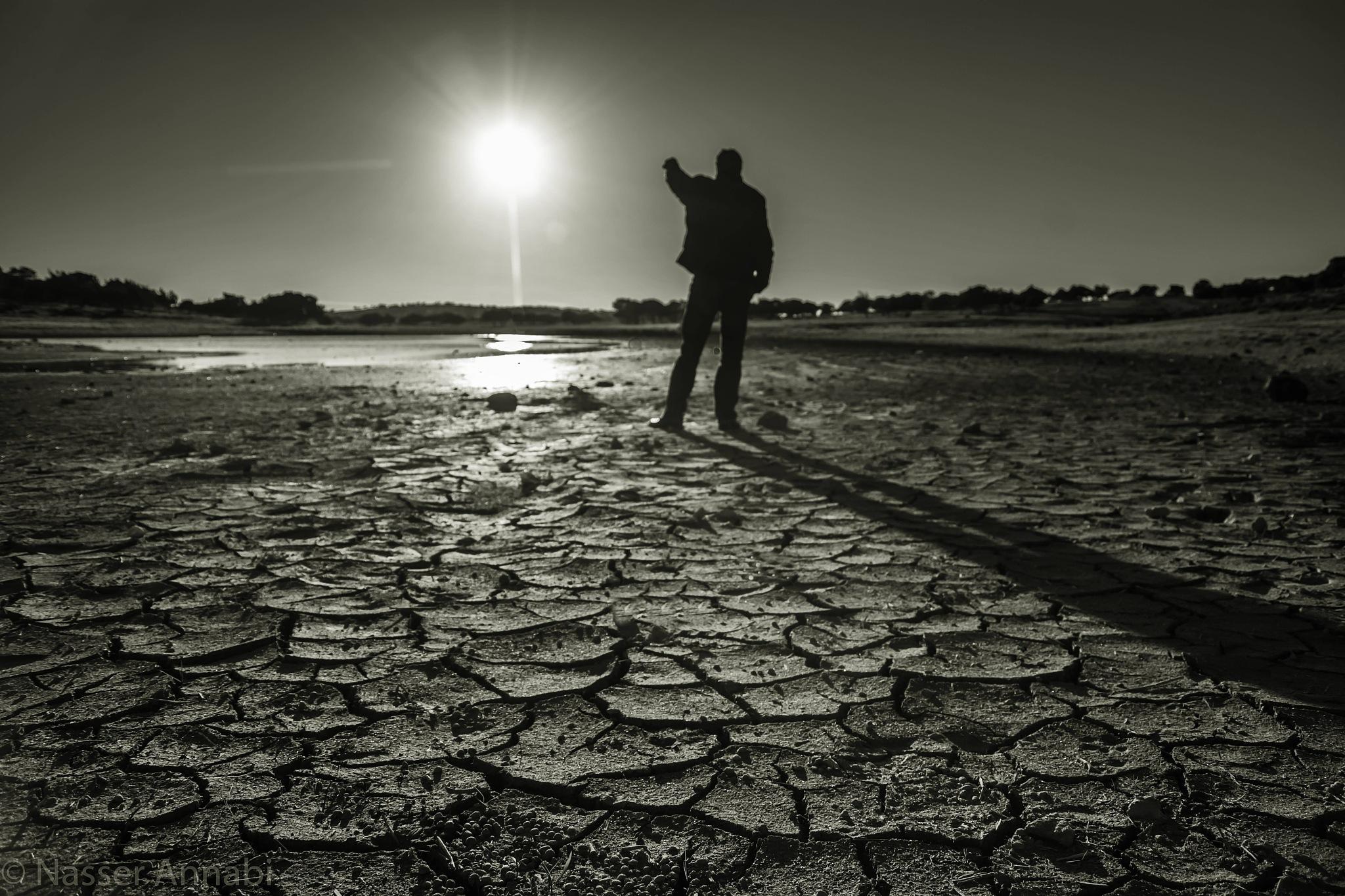 انا والشمس by Nasser al Annabi