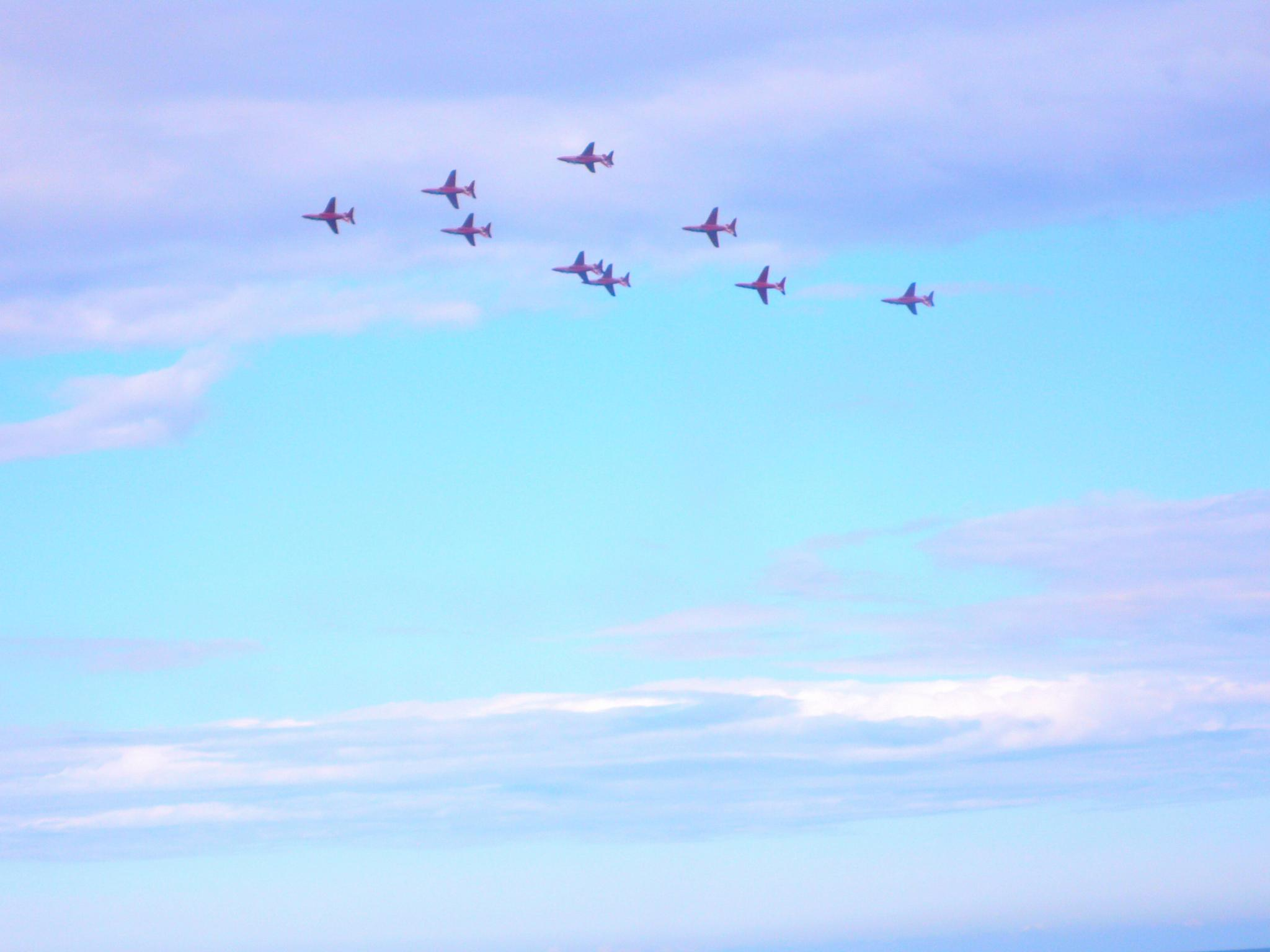Red arrows flypast by JanetFernandes