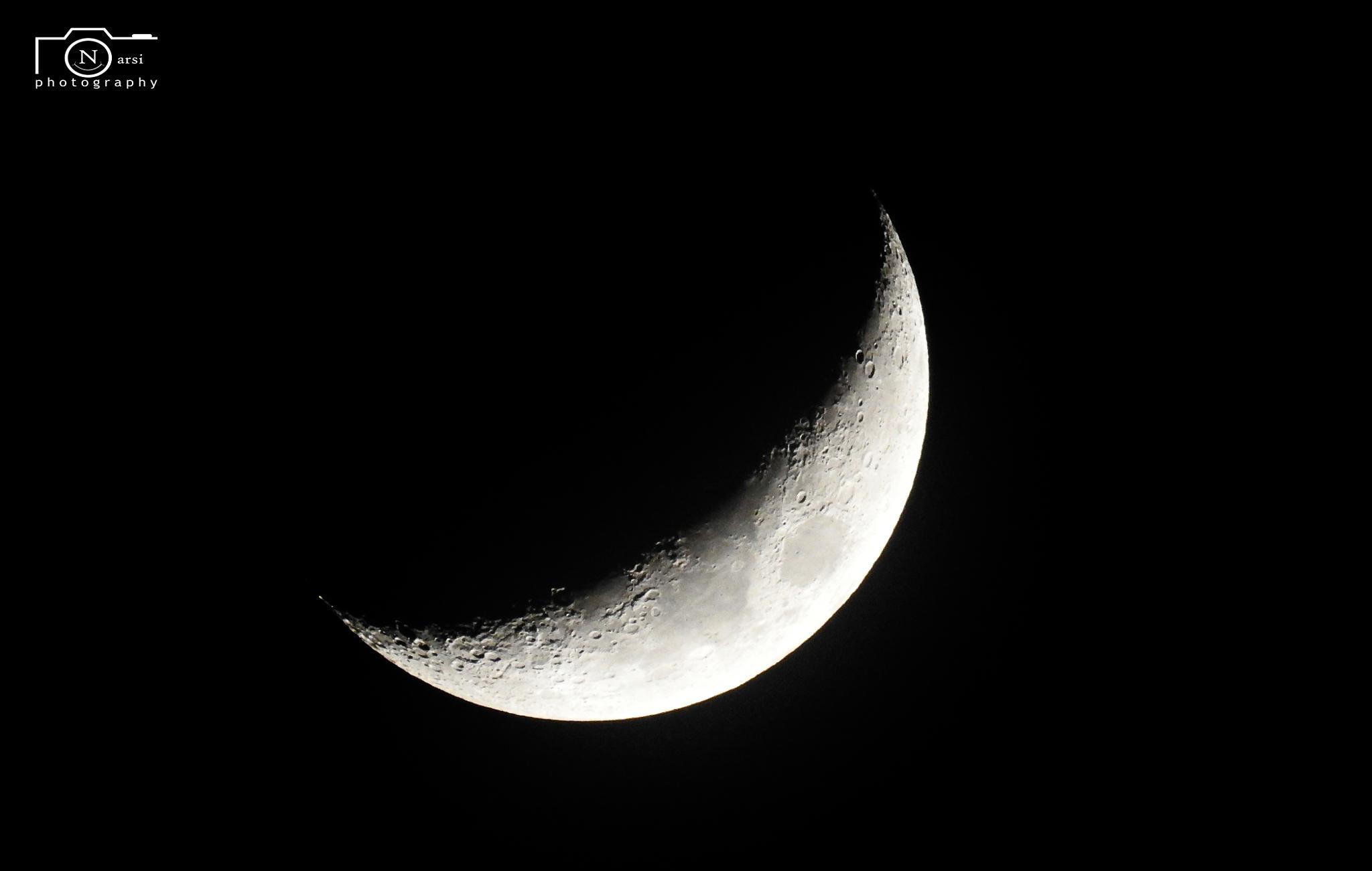 Moon Closeup by Narasimhan.N