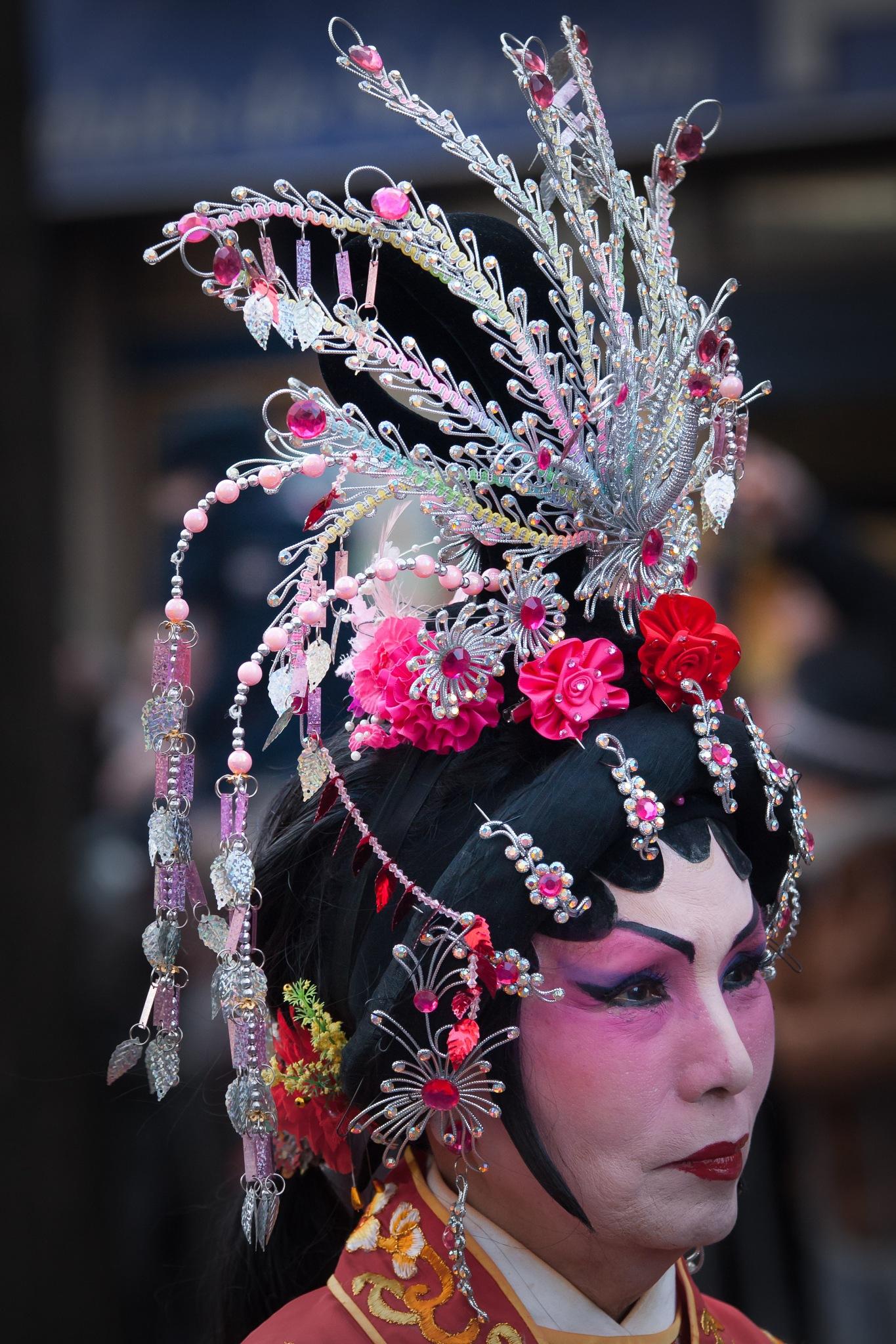 The diadem lady by Hervé Samson