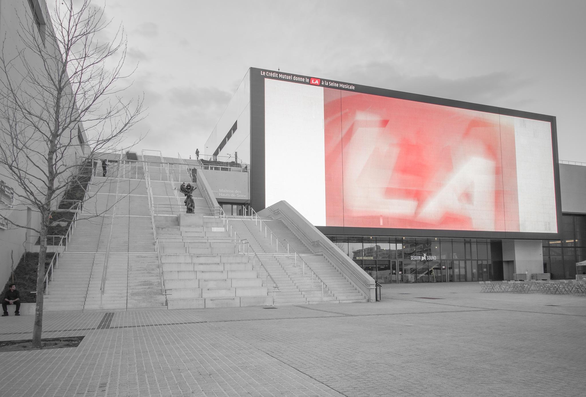 Big screen by Hervé Samson