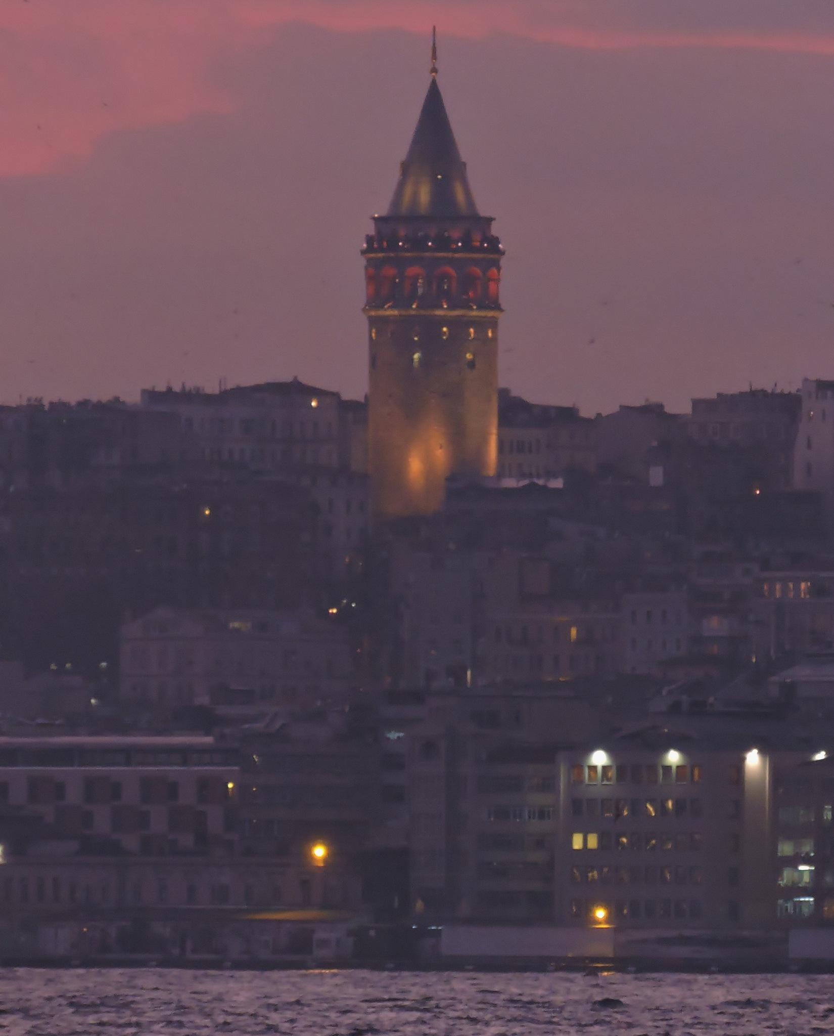 Galata Tower,İstanbul,Turkey by Zekeriya