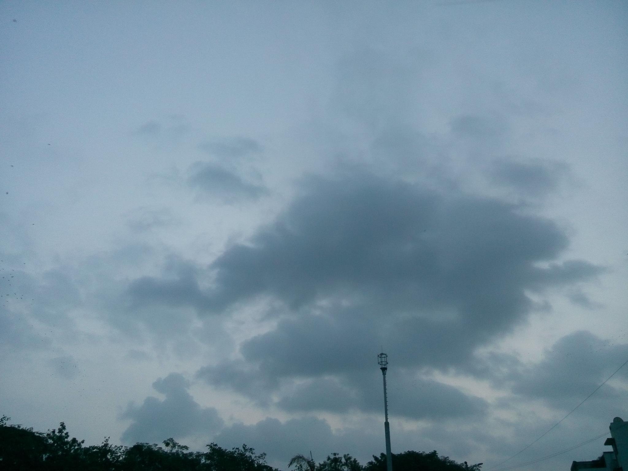 I like the cloud... by Saurabh Jain