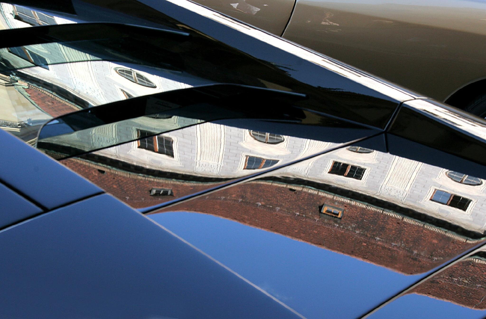 Auto Reflex by Carl Main
