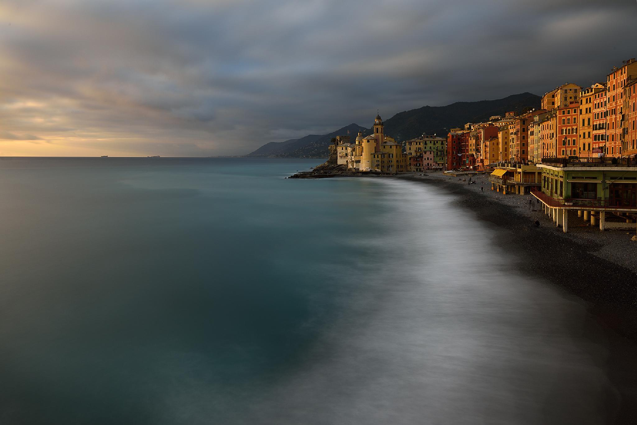 litorale sul Paradiso by Giovanni Pisotti