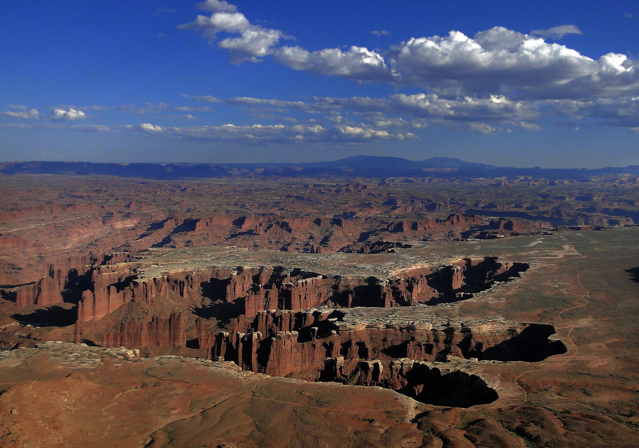 Grand view point Canyonlands. by Elly Versteeg