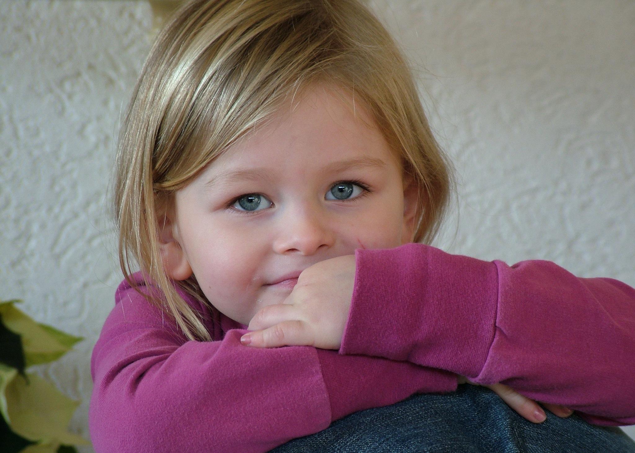 Portrait of a little lady by Zapp