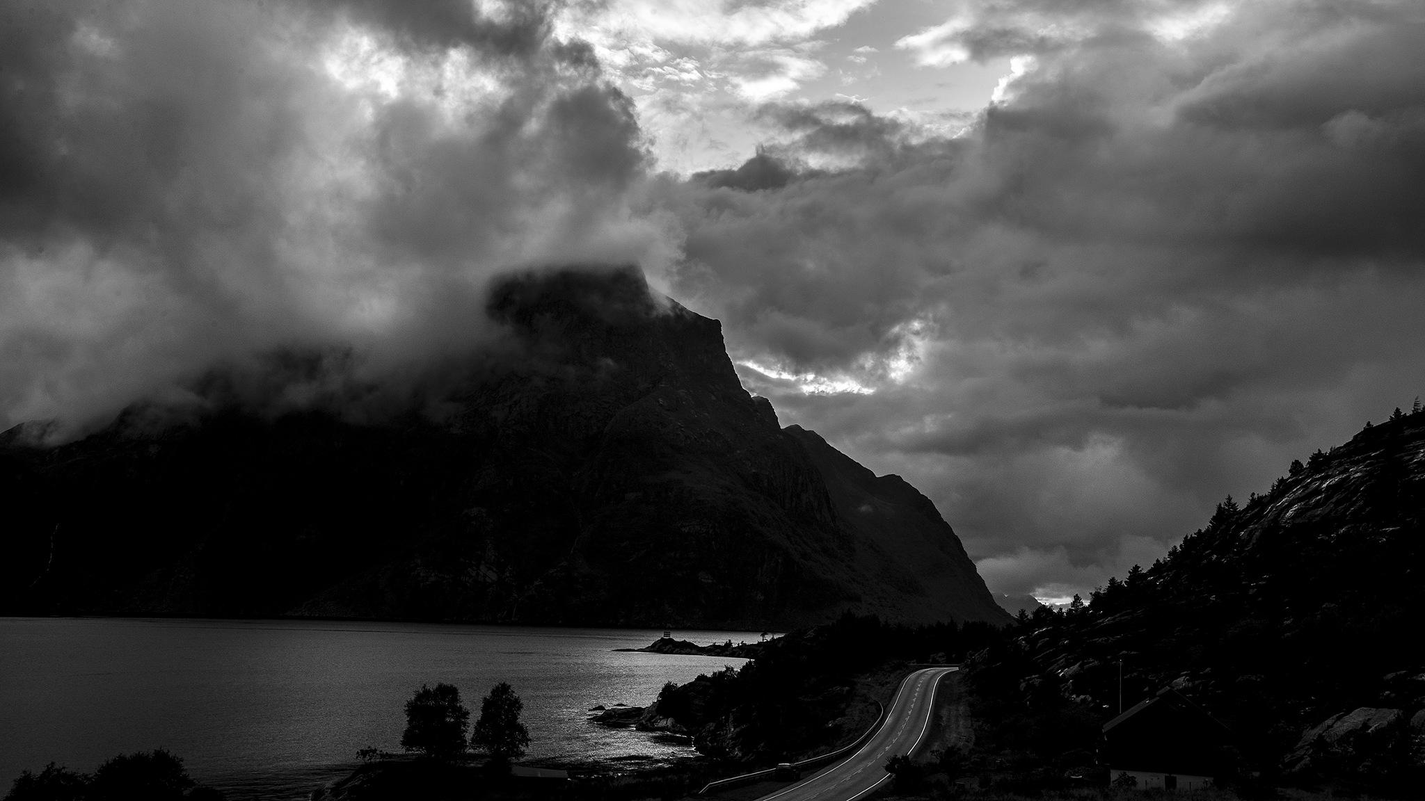 """""""By a country road"""" (Ved en landsvei"""" by Helge Arne Hanken"""