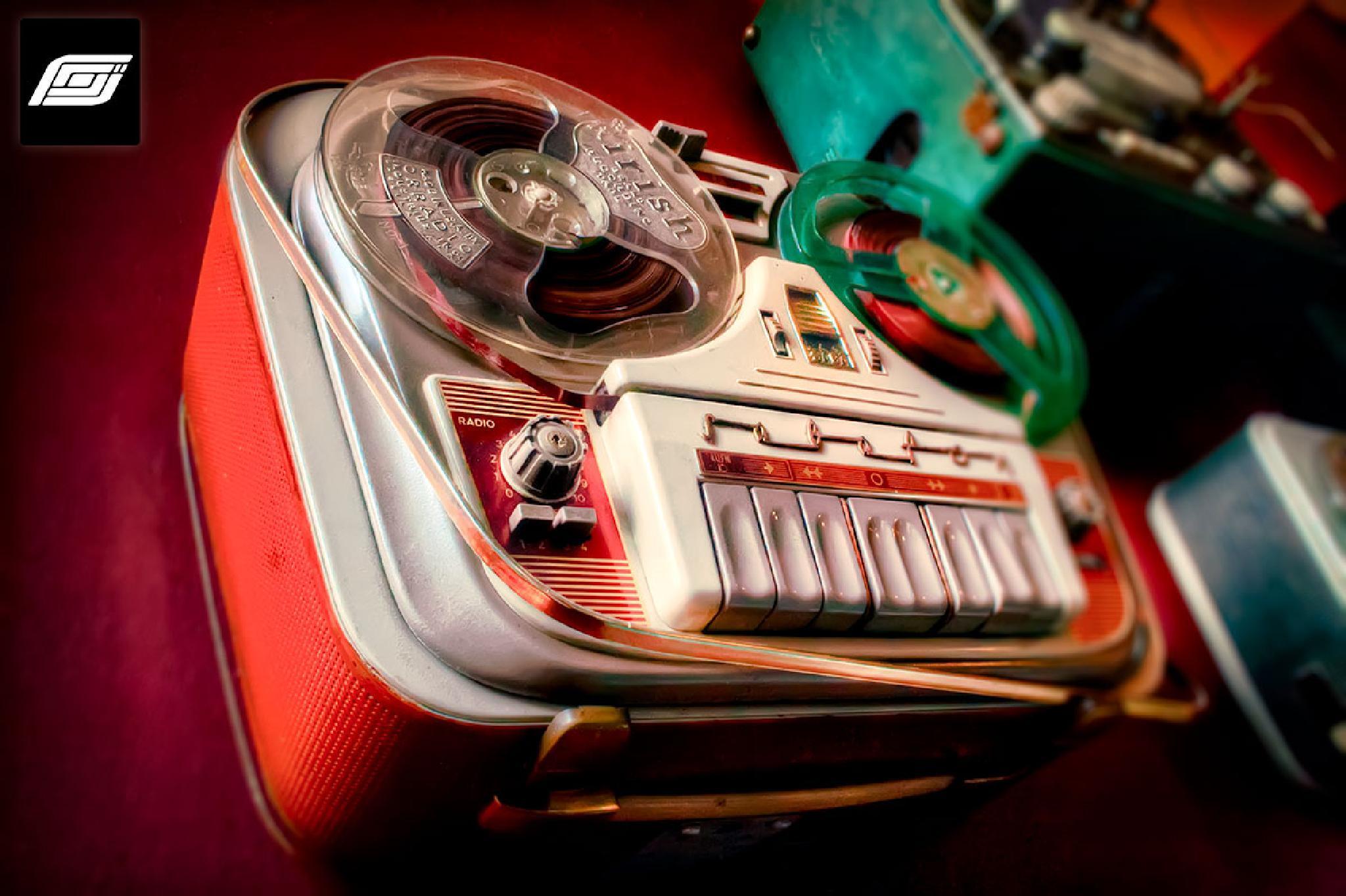 Cool Radio by grahamcummings