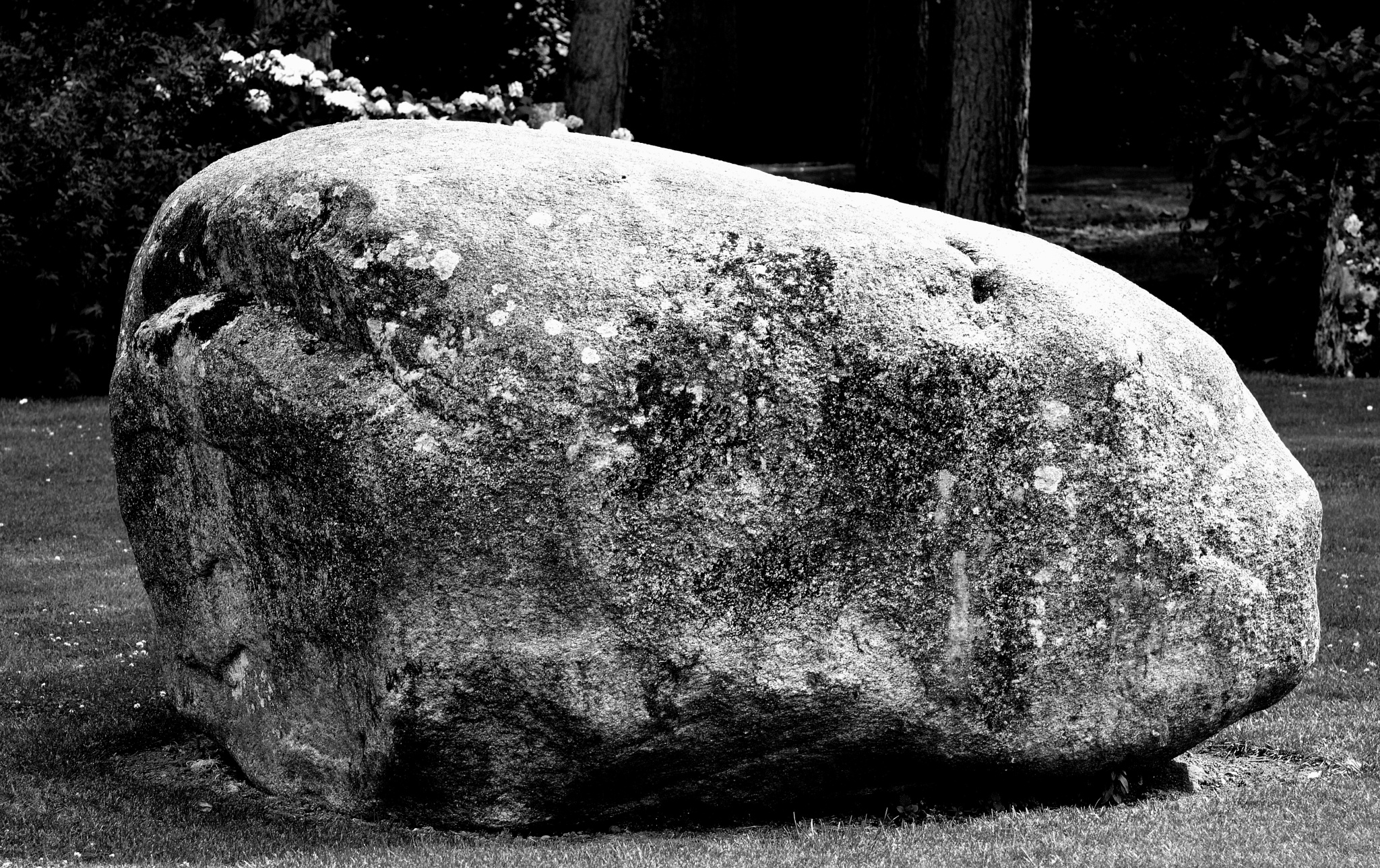 The boulder by 7thtkd