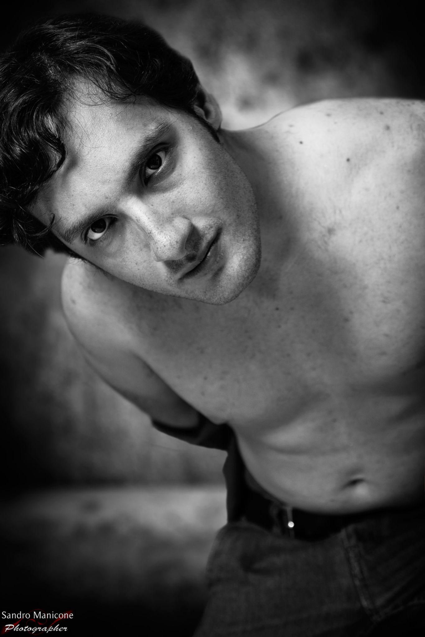 Giulio... by Sandro Manicone