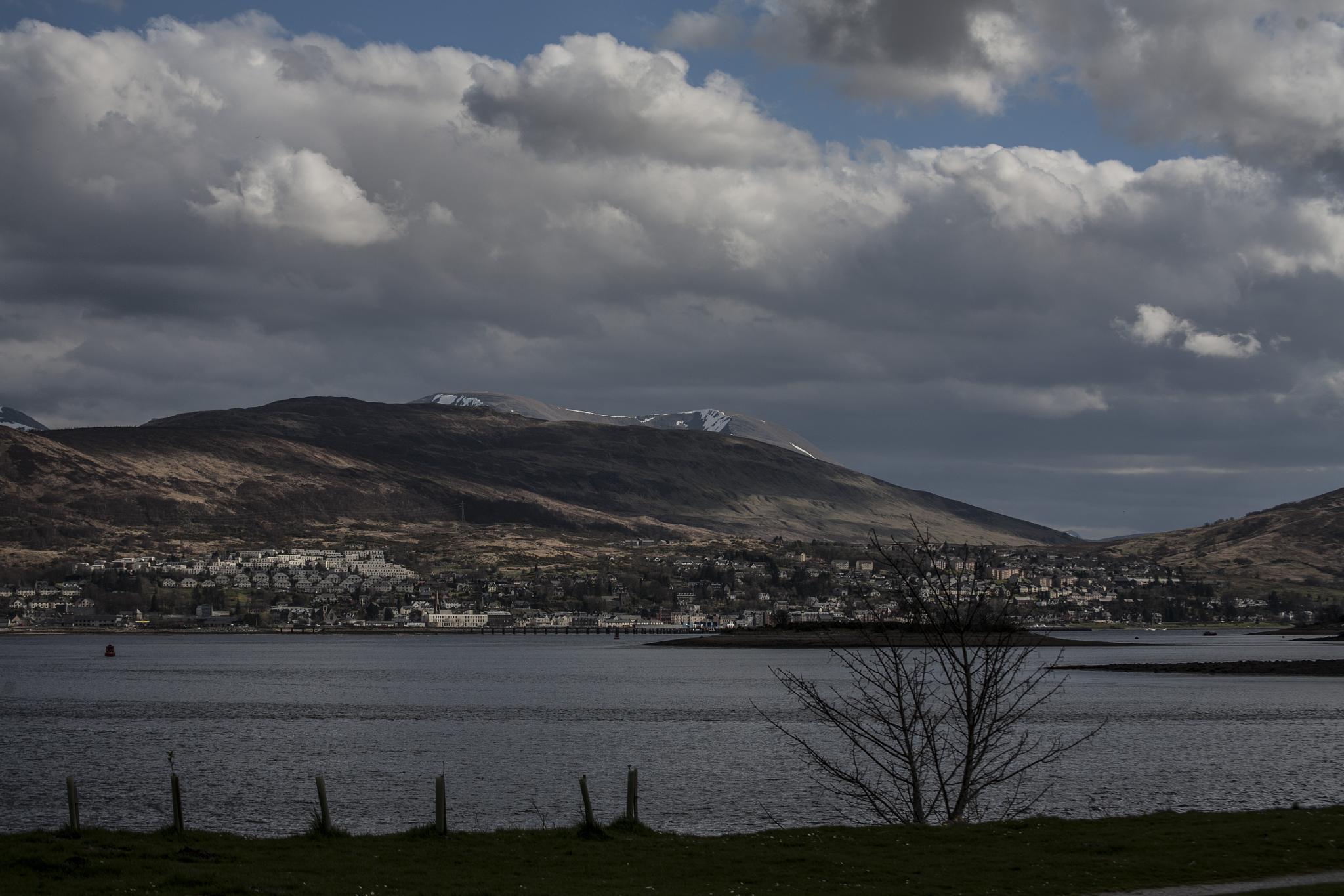Gateway to the Highlands by Gordon Rafferty