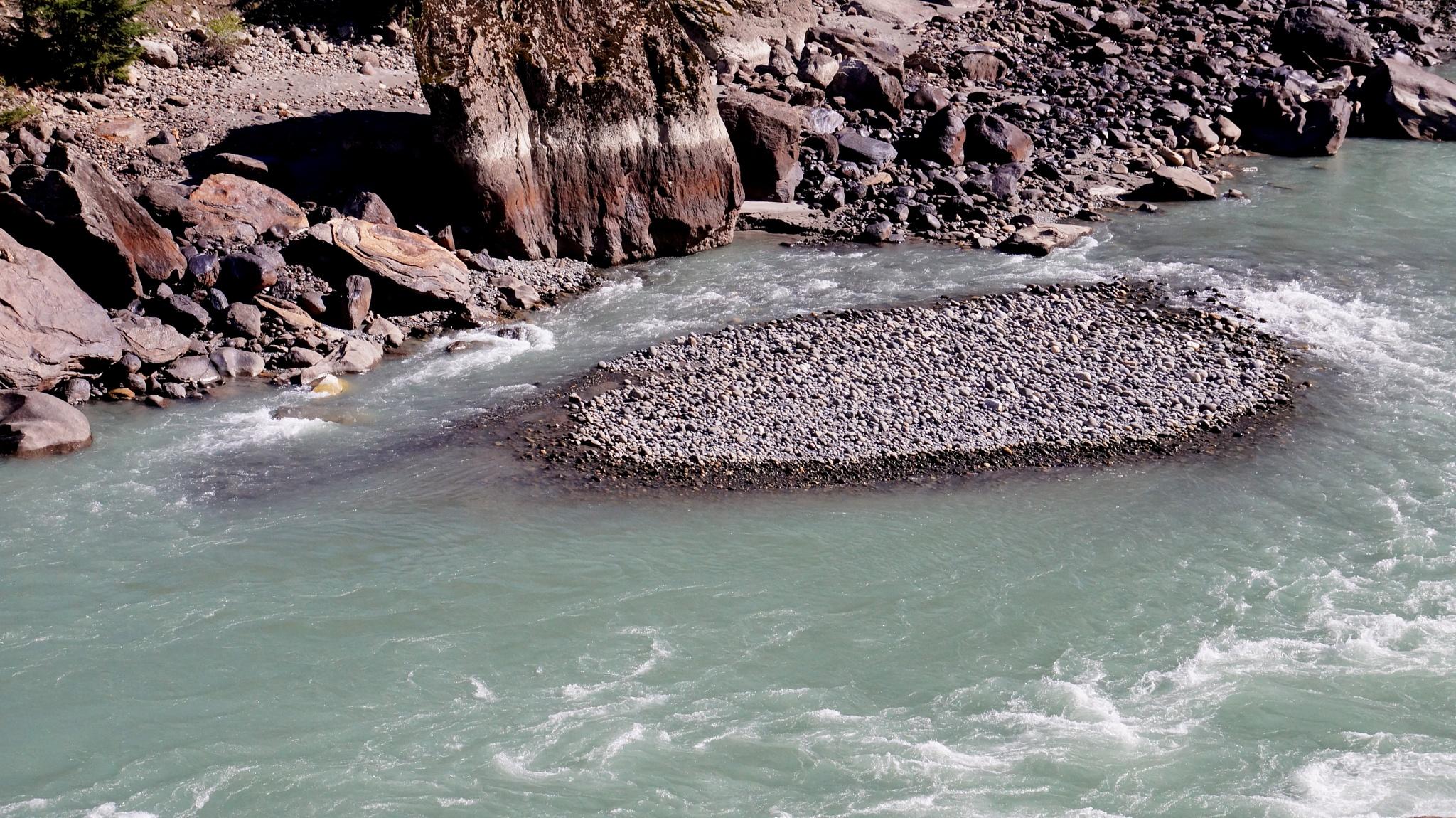 River Chandra Bhaga by saharajib