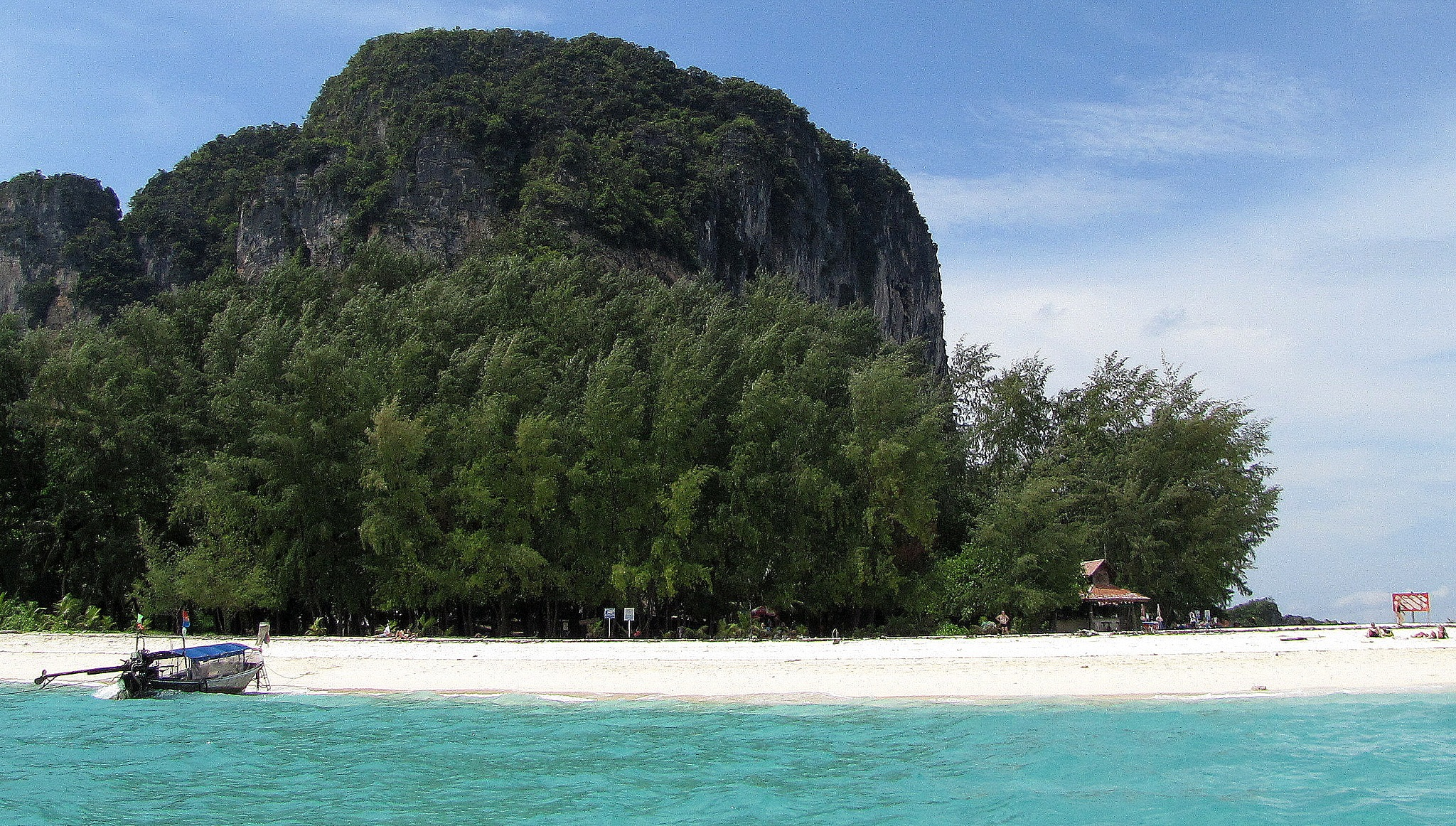 Tup Island, Krabi, Thailand by saharajib
