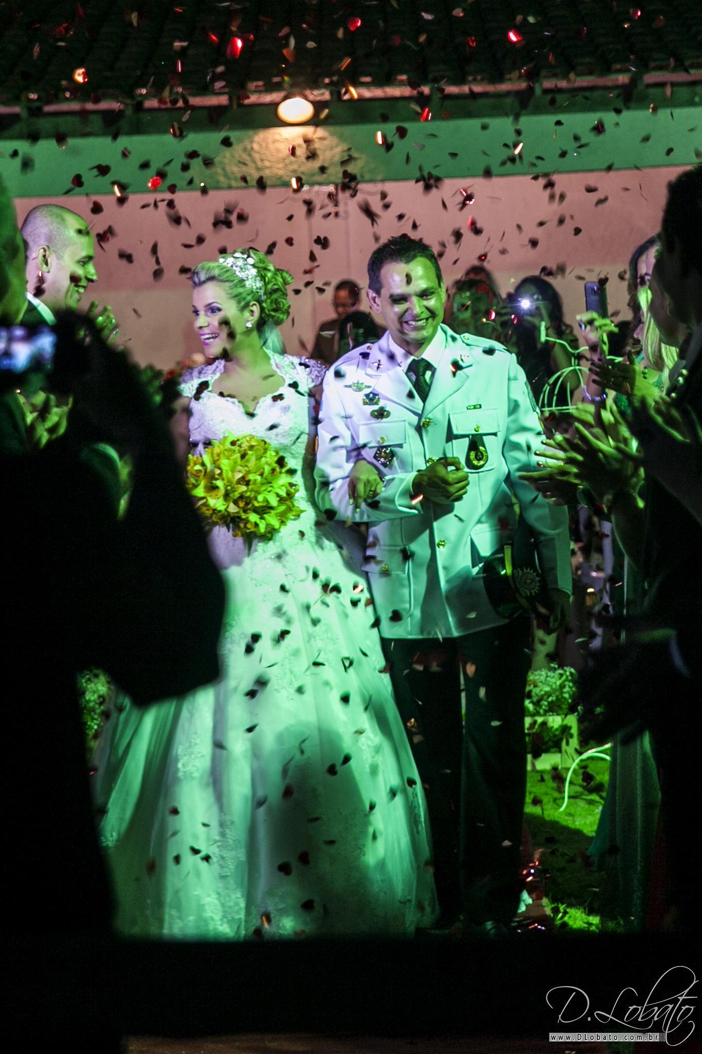 Casados by Diogo Lobato