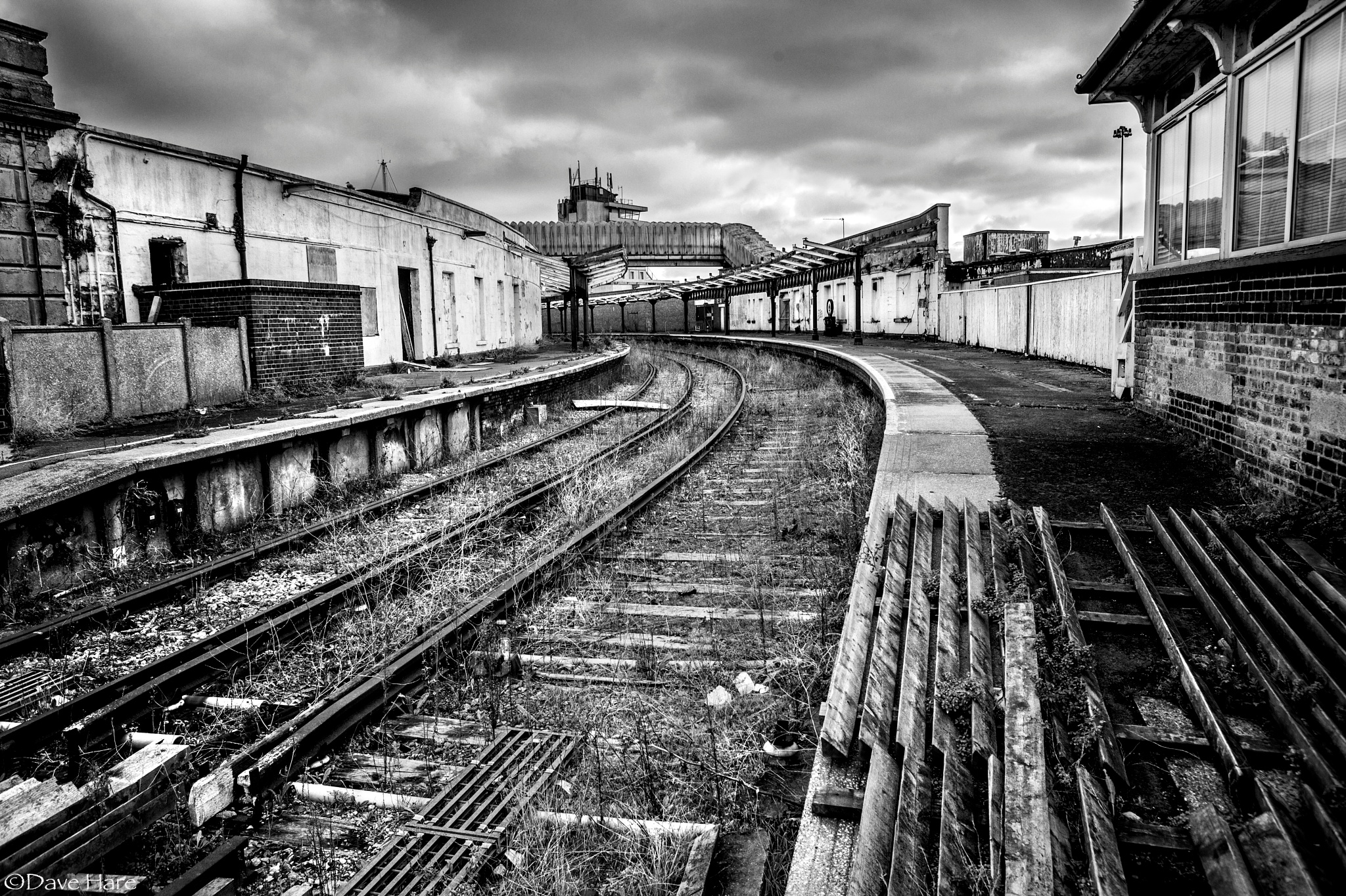 Folkestone harbour Station by davehare