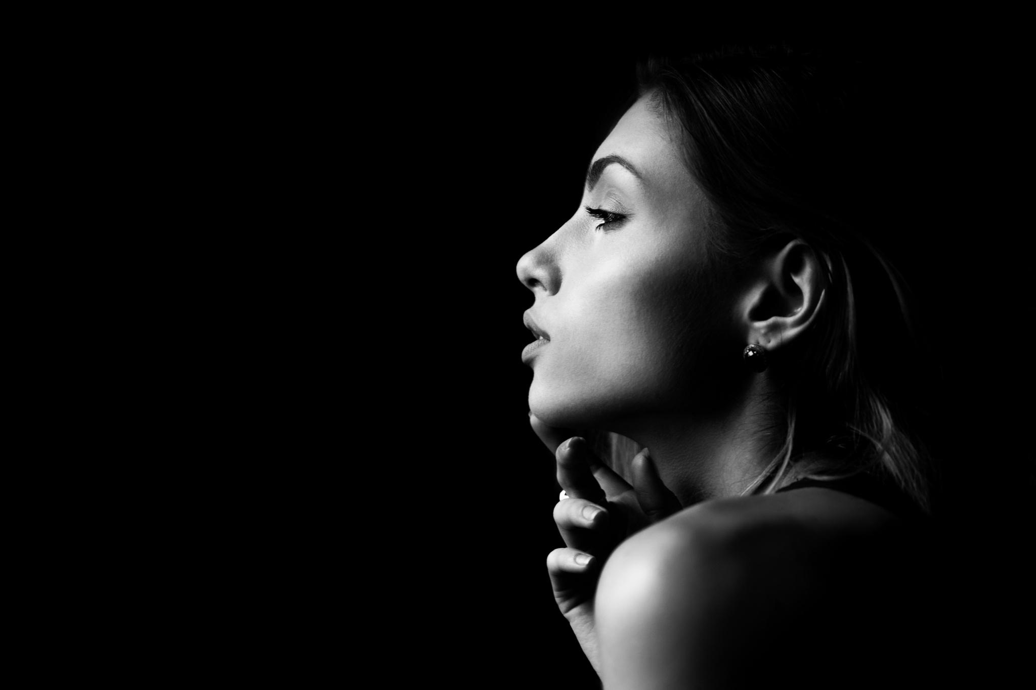 Photo in Portrait #see #look #woman #portrait #black #white