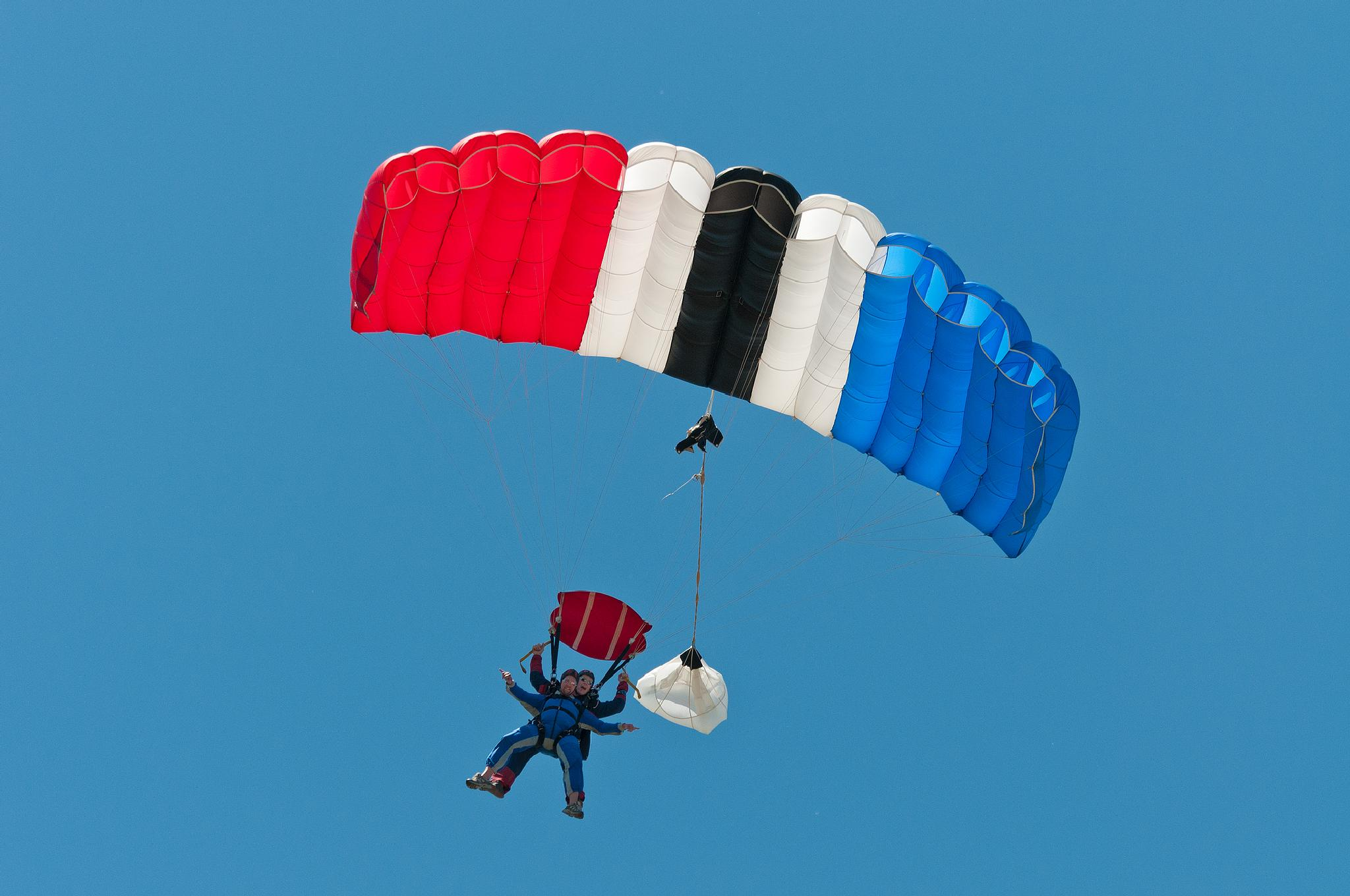 Photo in Sports #parachuting #sky_dive #tandem_dive