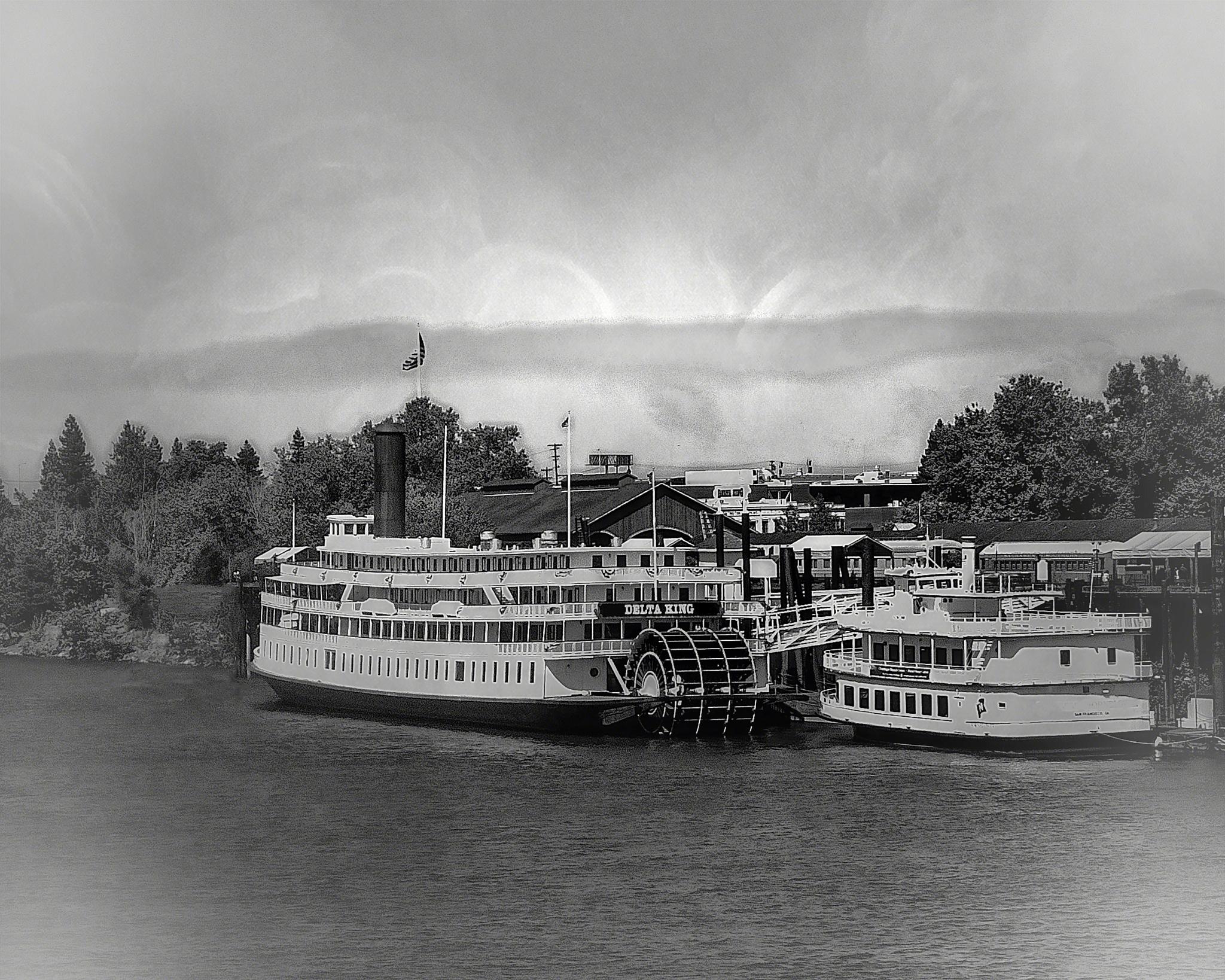 Delta King River Boat by Bill Havle