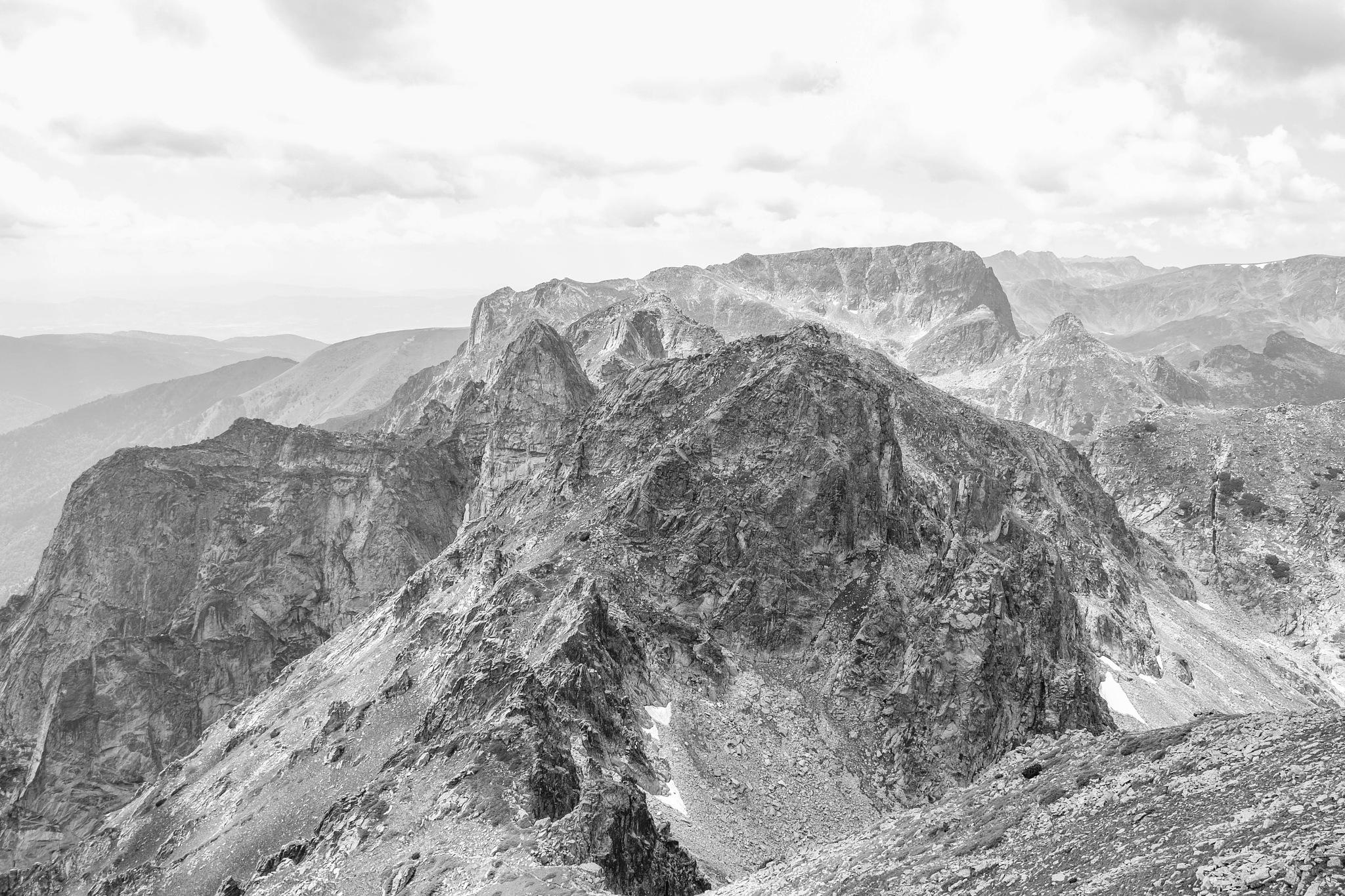 Rila mountain by Hristo Dechev