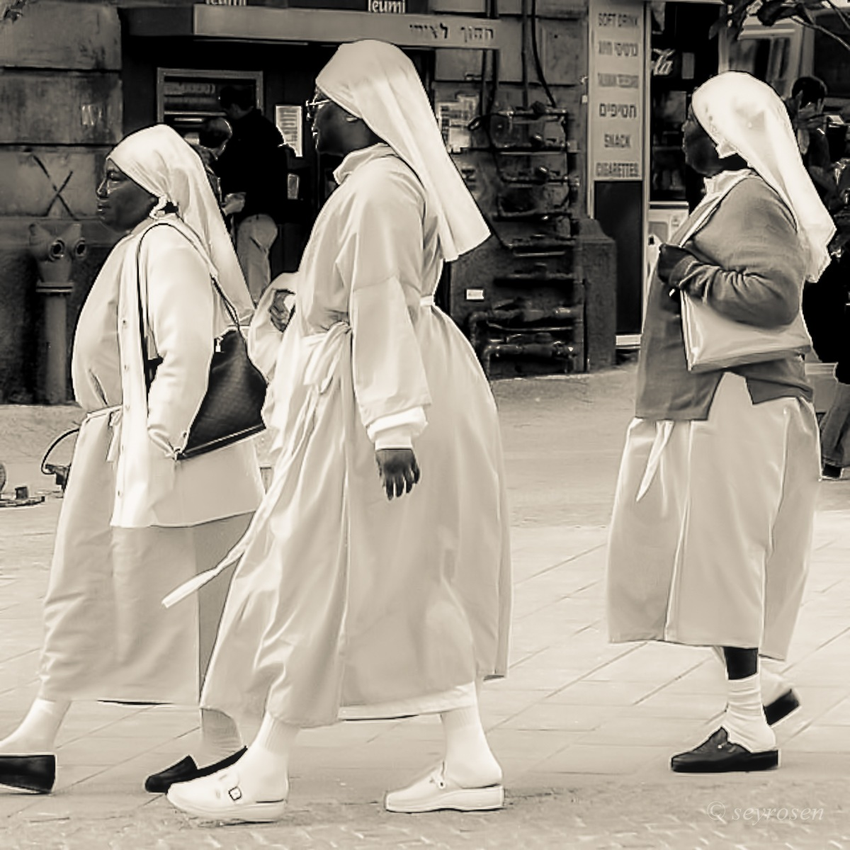 3 graces..... by seyrosen