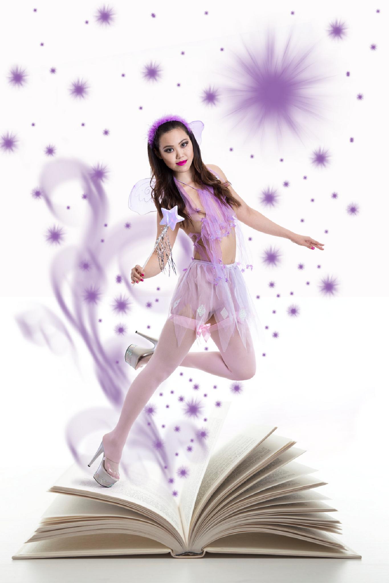 Mauve Fairy by modelphotographic