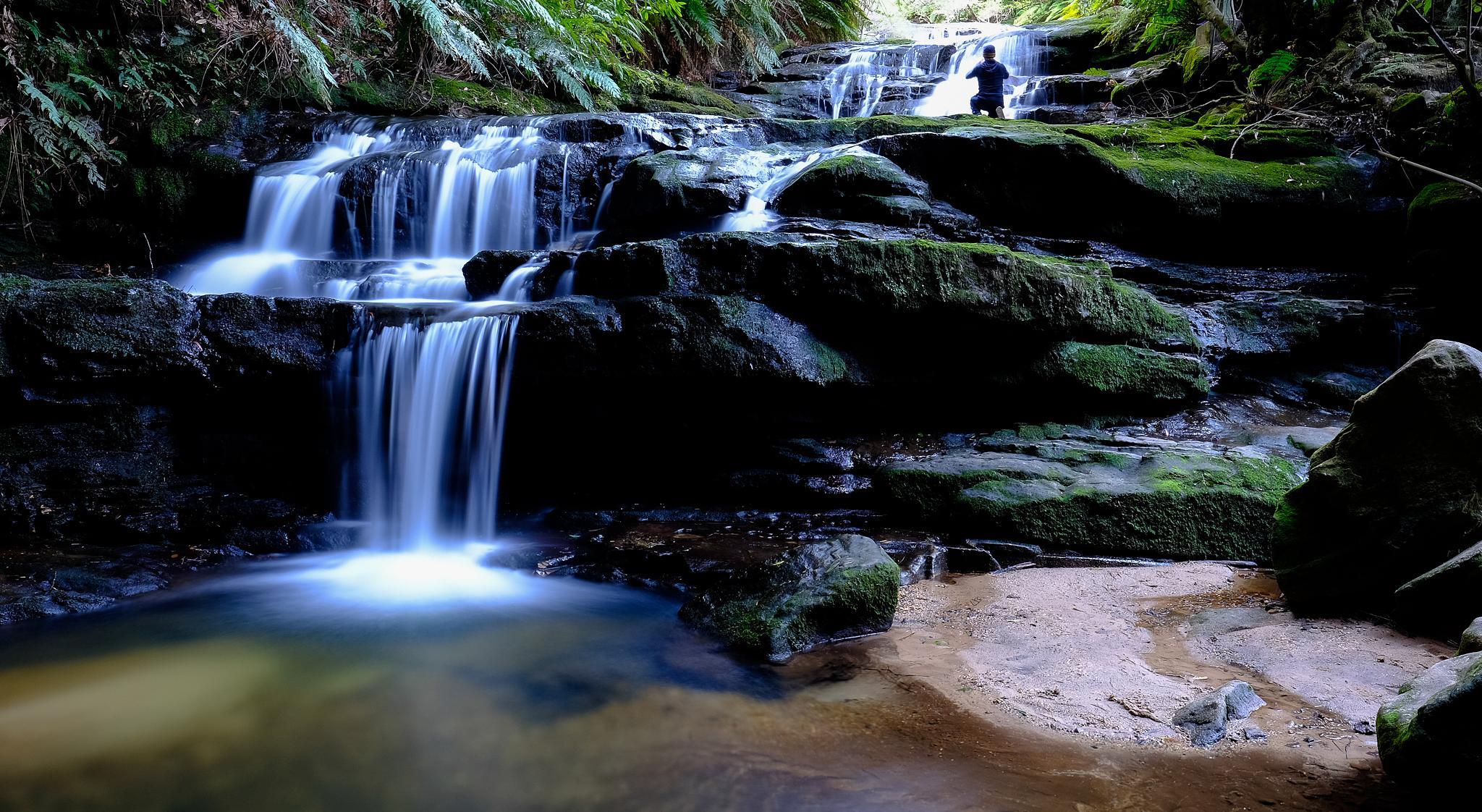 Leura Cascades by Peter Medbury