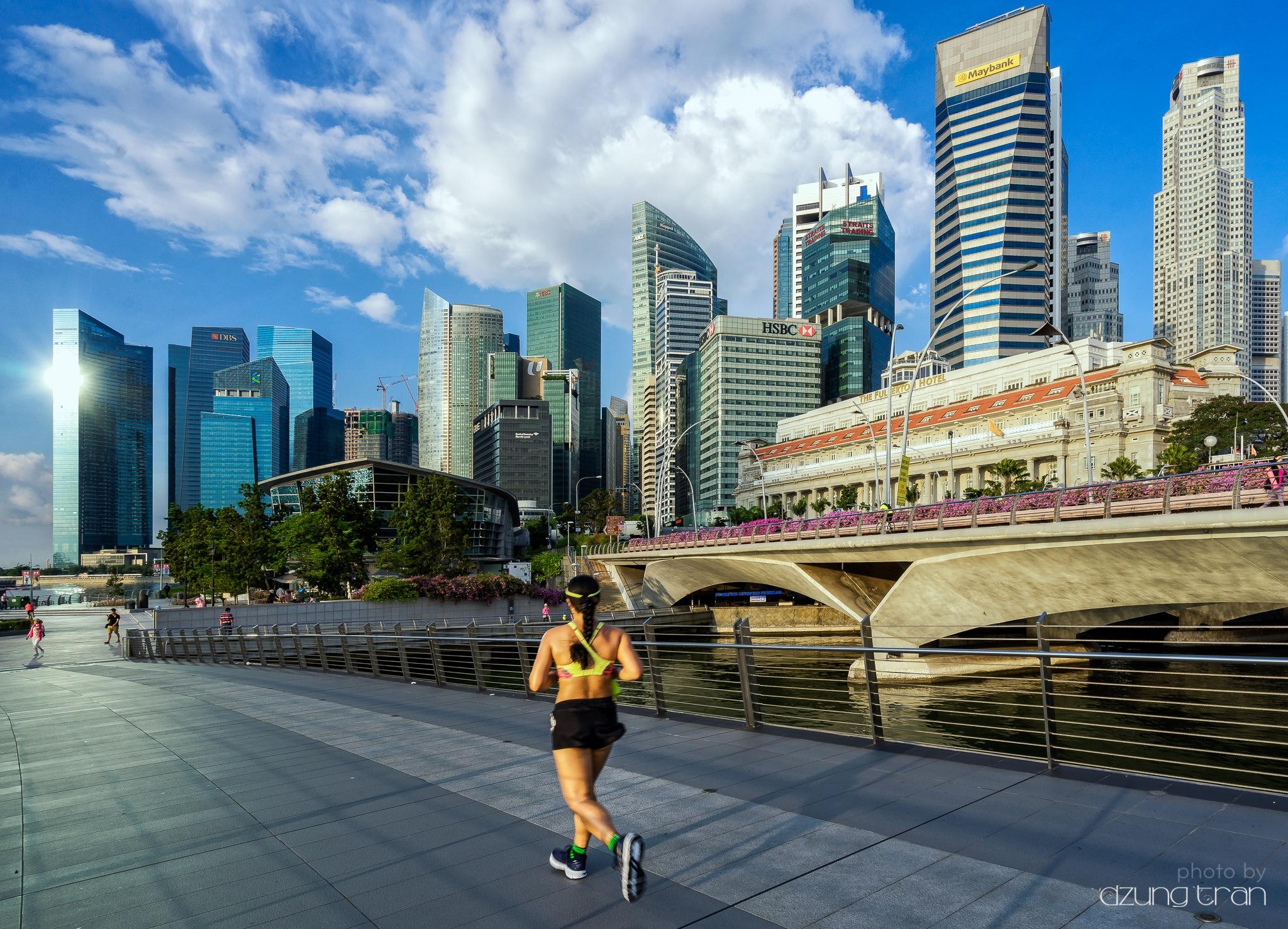 Singapore urban life by Dzung Tran