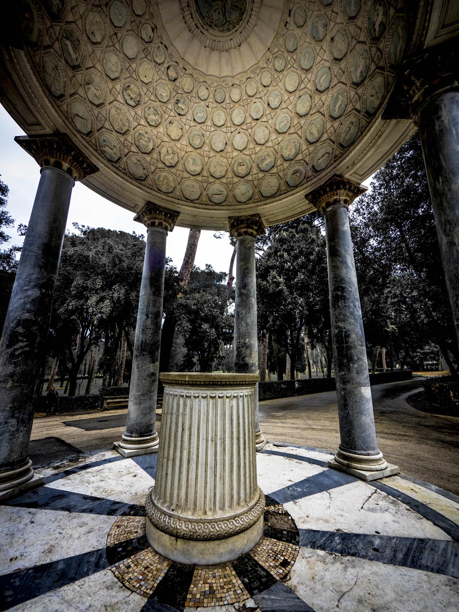 antique rotunda by Erik Jaud