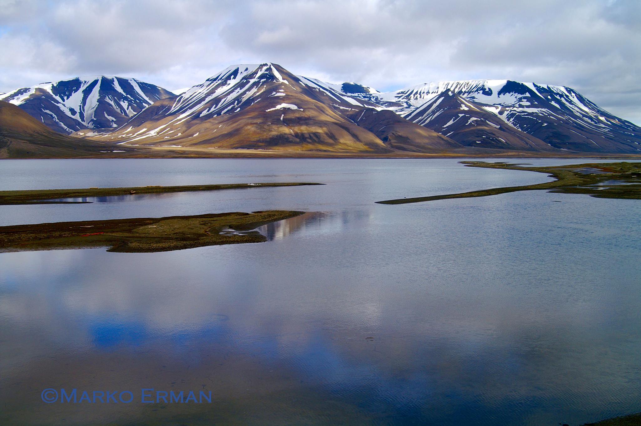 Photo in Landscape #svalbard #nordic #polar #reflection #spitzbergen #archipelago #north pole
