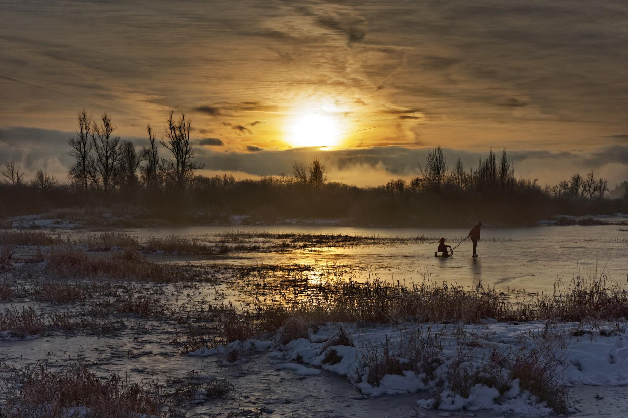 Having fun on lake Cerknica by Marko Erman