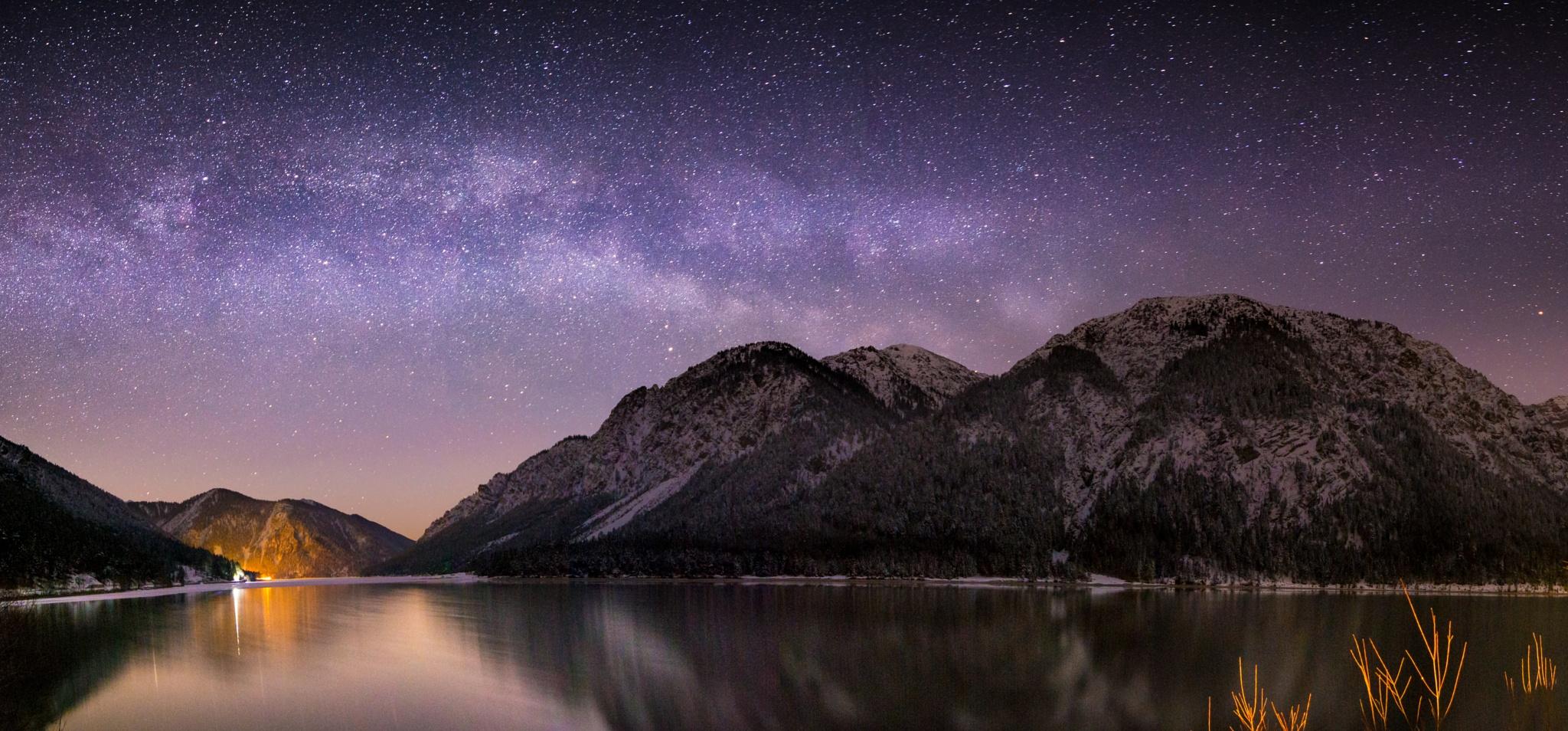 Milky way pano by Simon Kirchmair