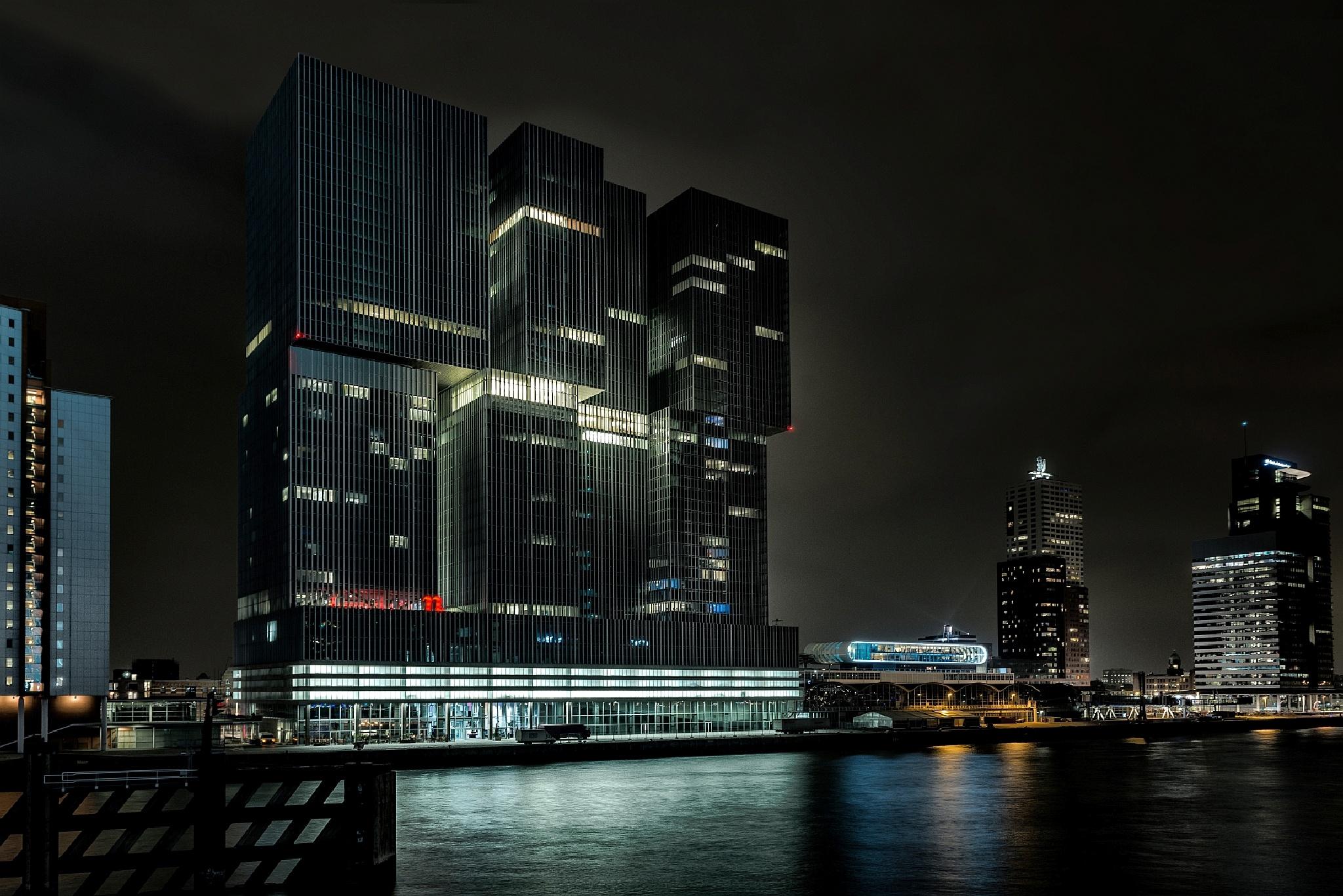 De Rotterdam ! by VicPerri
