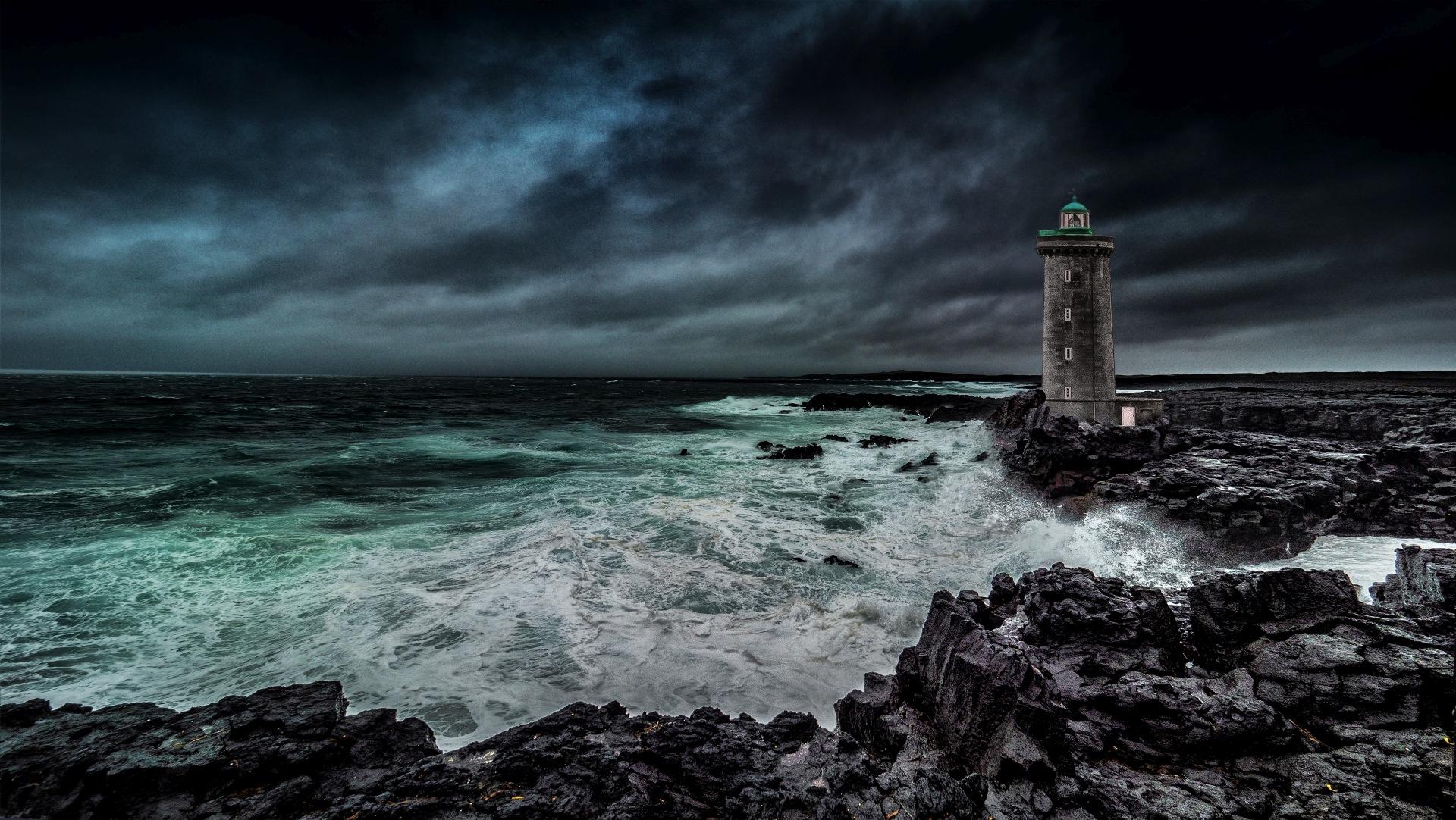 The dark tower . by VicPerri
