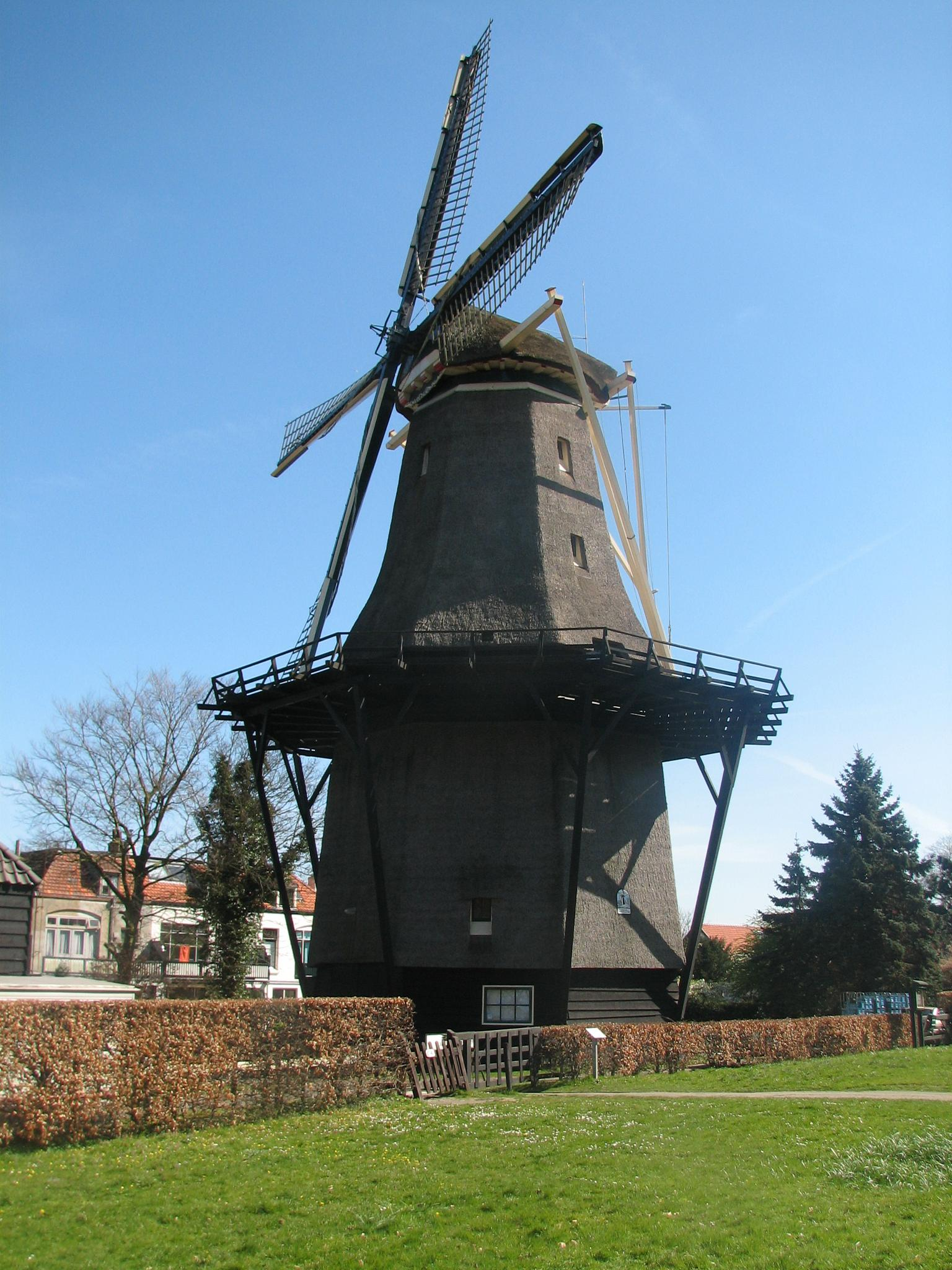 Windmill by paultgollop