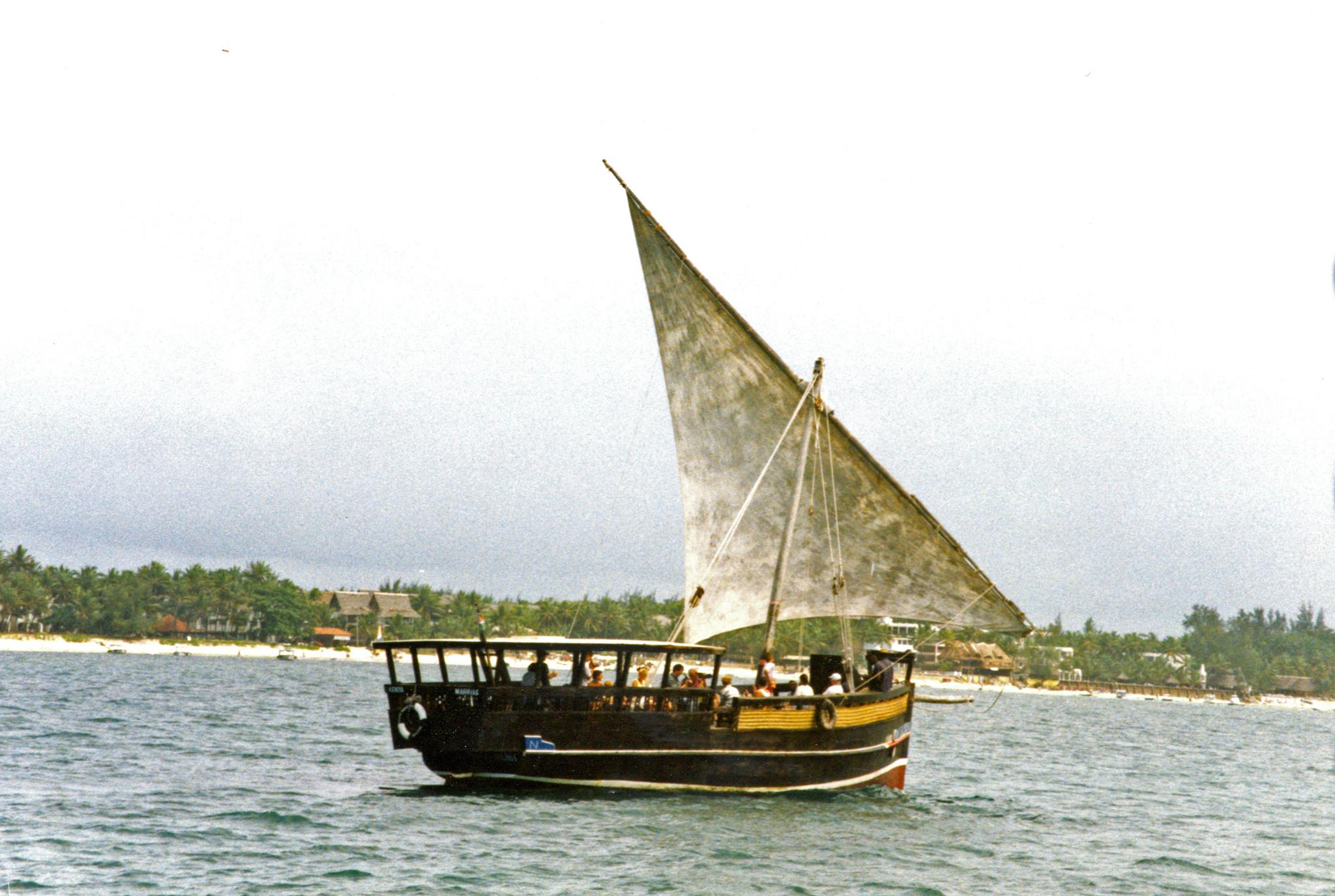 Kenyan Dhow by paultgollop