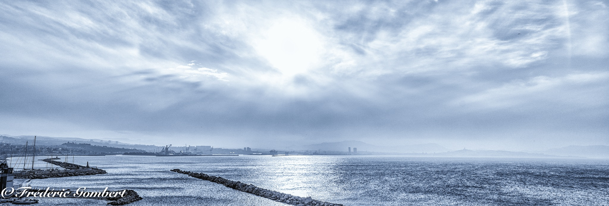 Marseille : Cold Morning by Frederic Gombert