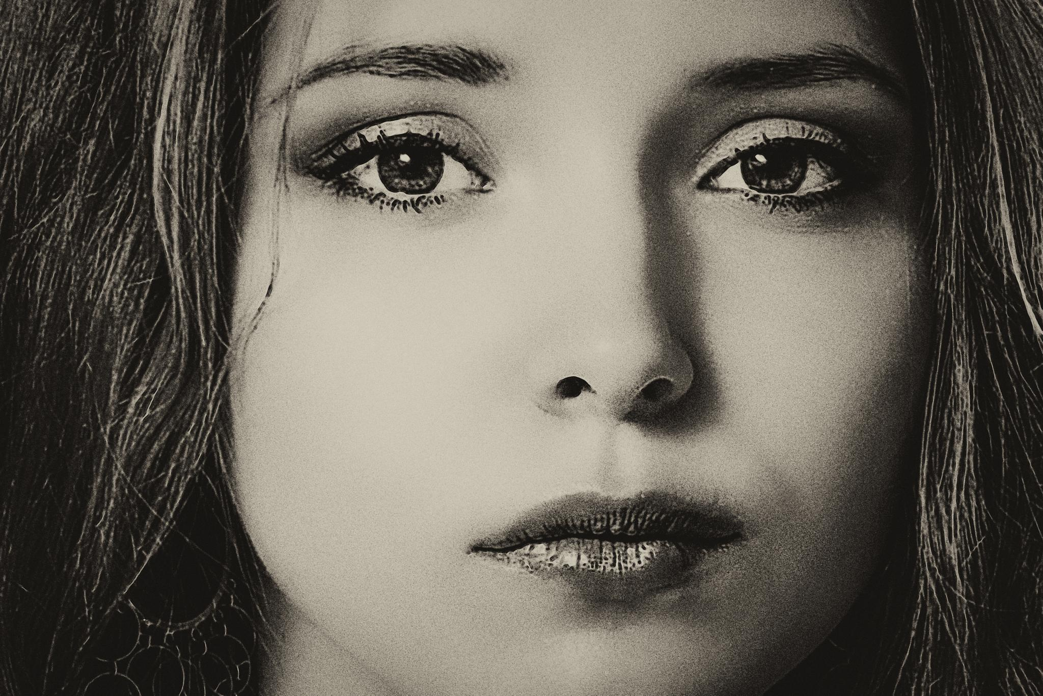 Photo in Portrait #portrait #people #model #beauty #beautiful #monochrom #black and white