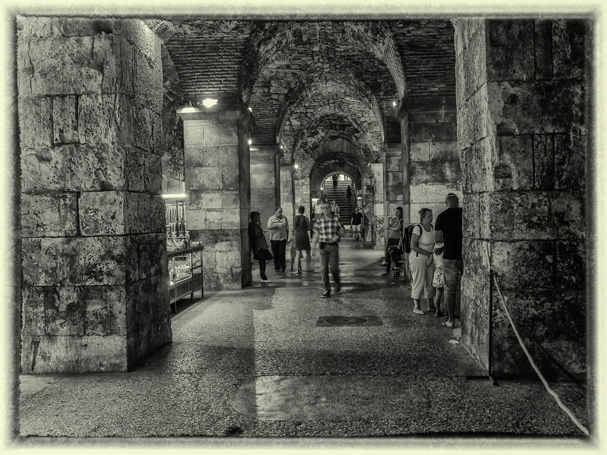 The Brass Gate-Split. by tlovh