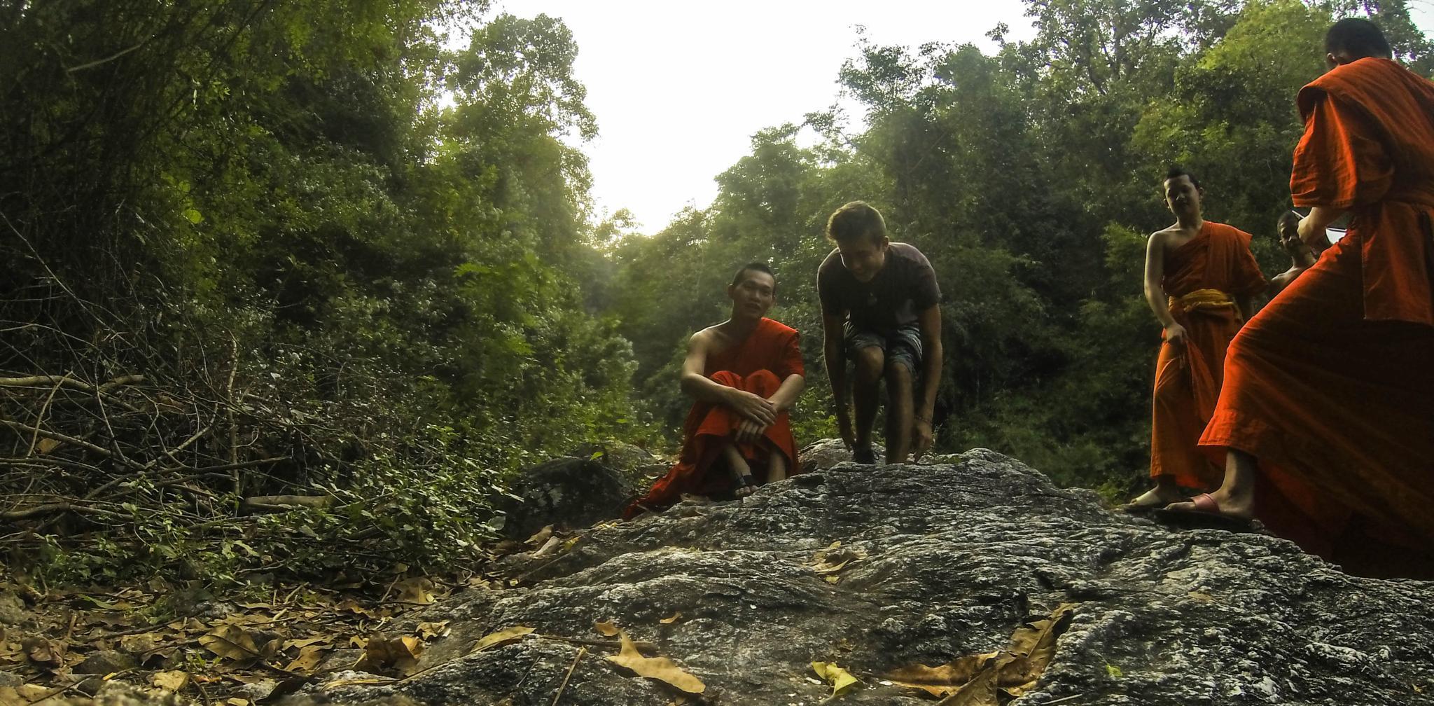 Newskool Monks, Thailand!  by smilingmundivagant
