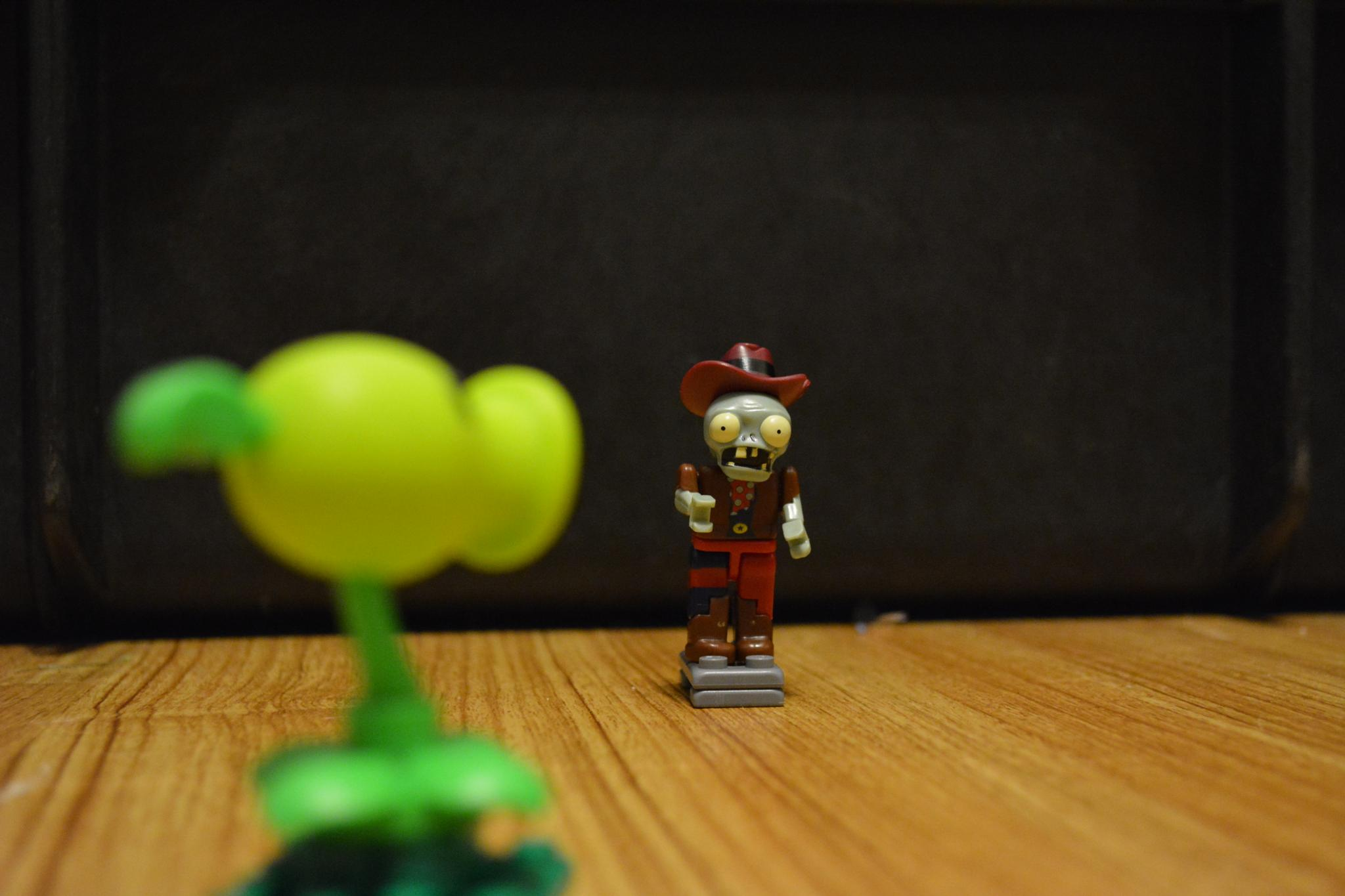 Plants vs Zombies Scene by goodnow