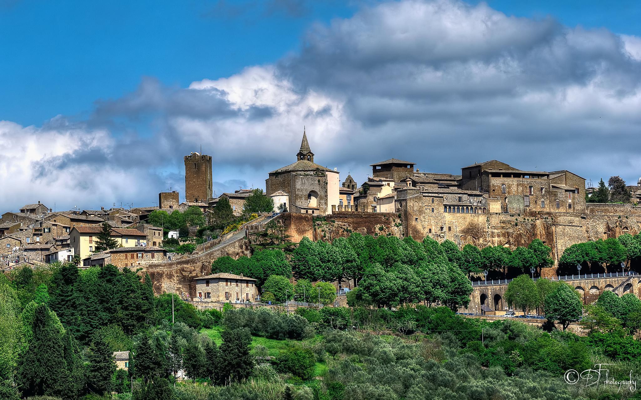 Photo in Cityscape #orvieto #terni #umbria #lanscape #architecture #rovine #italy #hillside