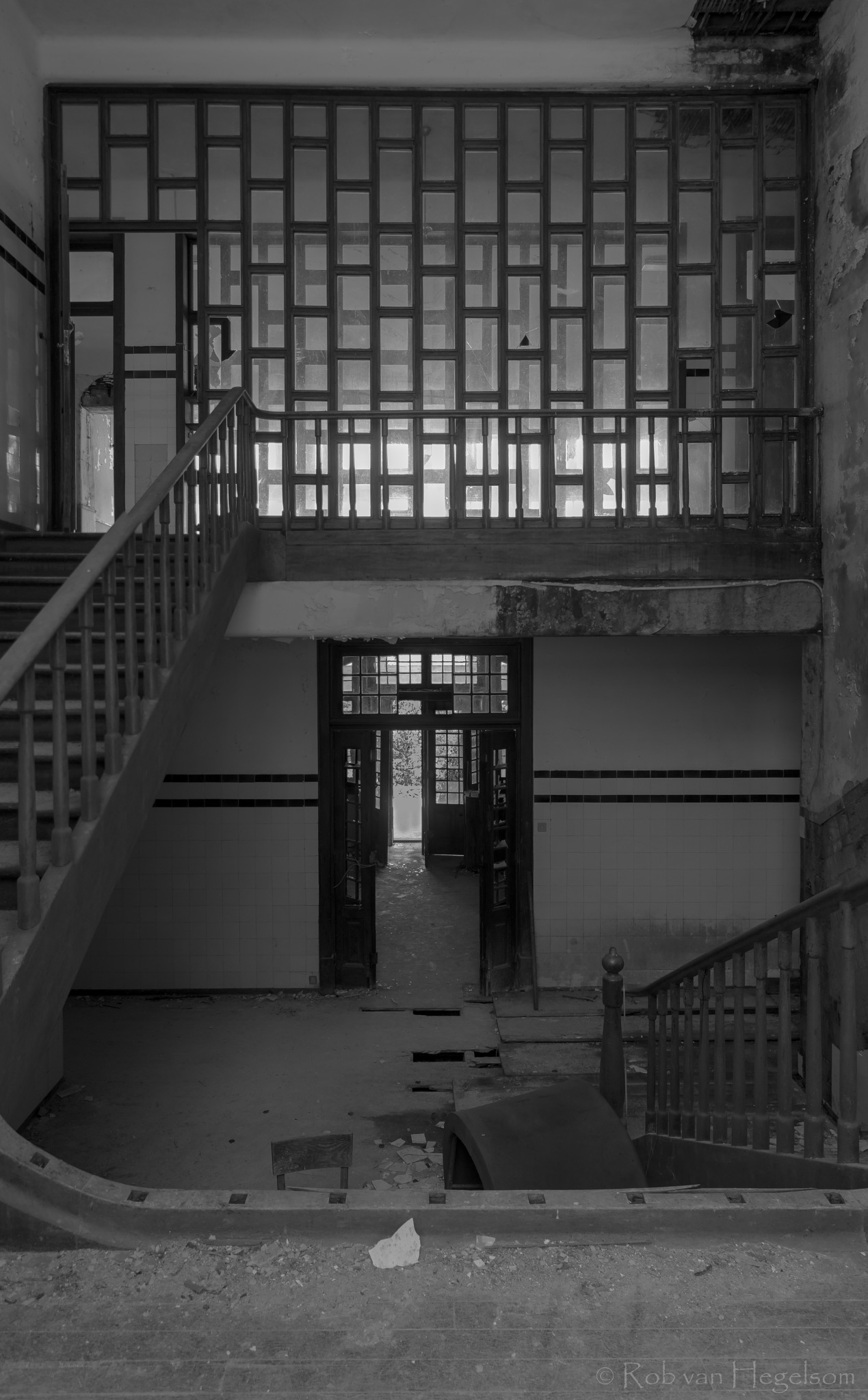 The hallway by rvanhegelsom