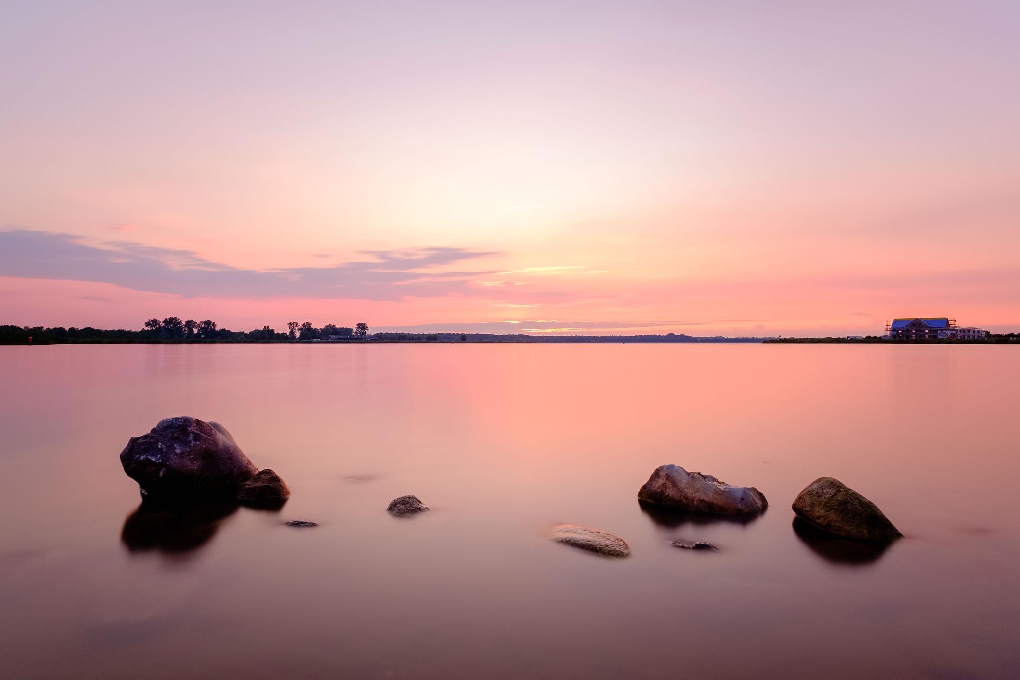 Pasteltinten bij zonsondergang | Pastel tones at sunset by Bas Wind